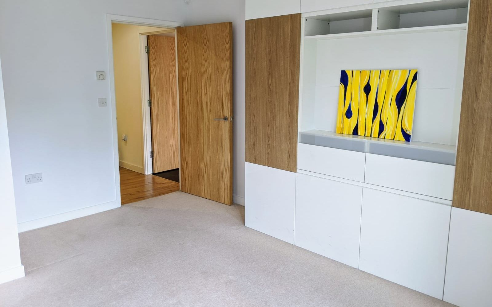 1 bedroom apartment Sale Agreed in Sevenoaks - Photograph 8