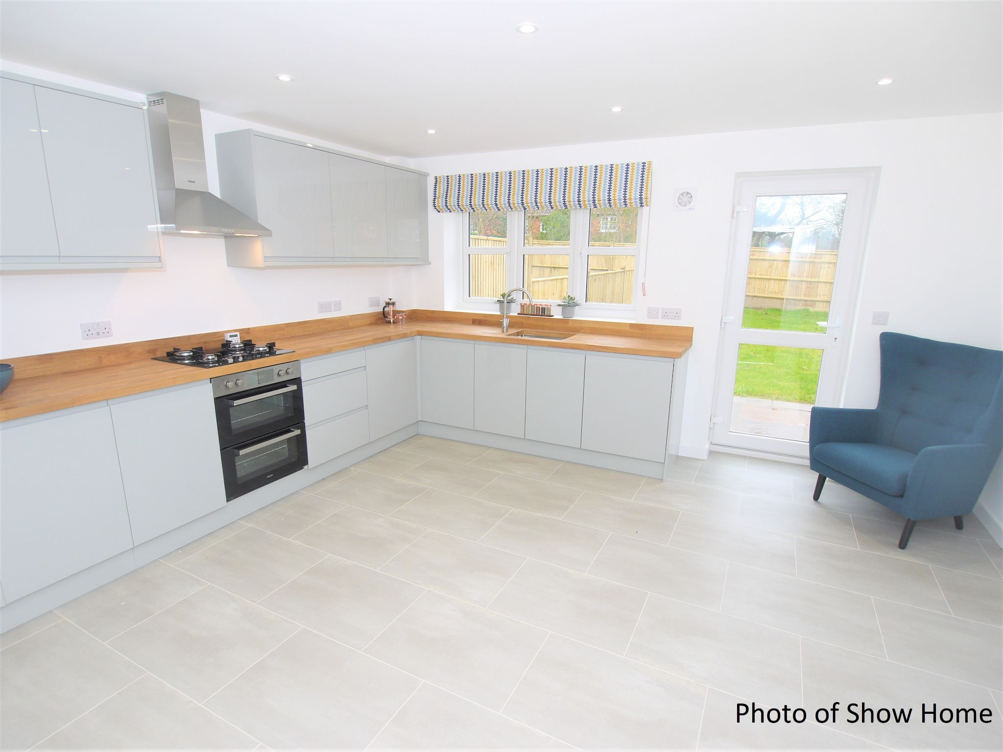 4 bedroom mid terraced house For Sale in Tonbridge - Photograph 6