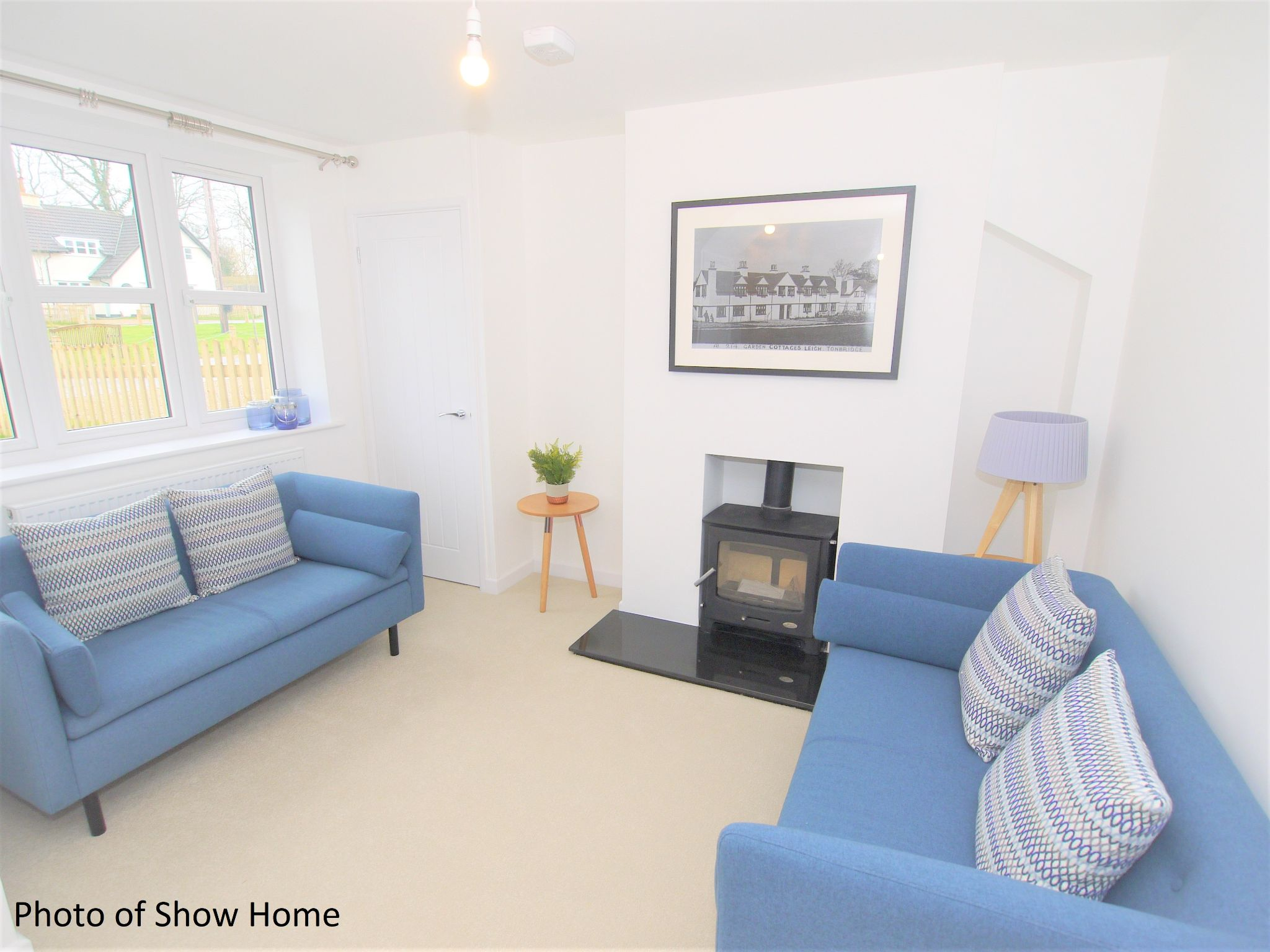 4 bedroom mid terraced house For Sale in Tonbridge - Photograph 3