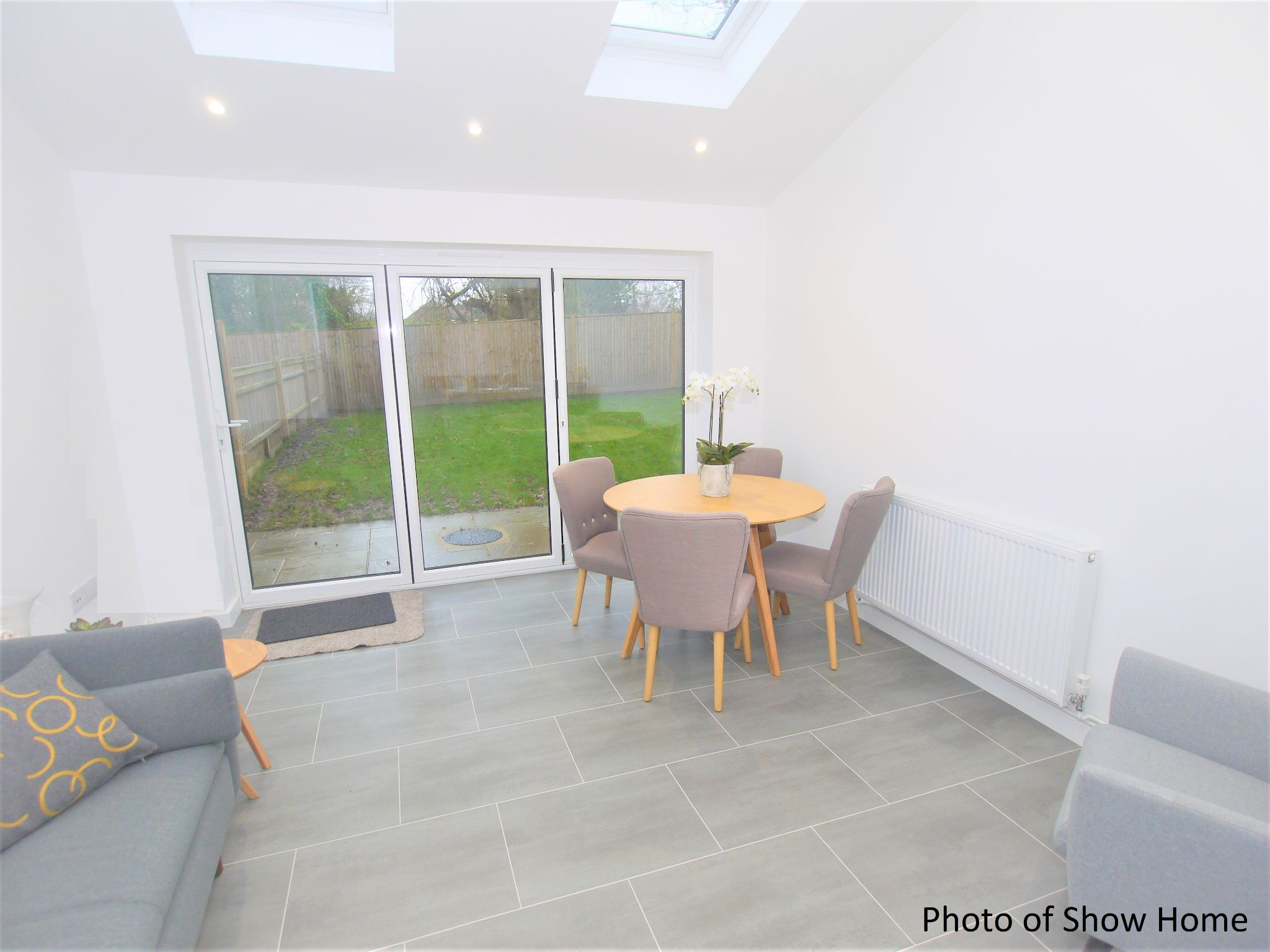 2 bedroom mid terraced house Sold in Leigh - Photograph 4
