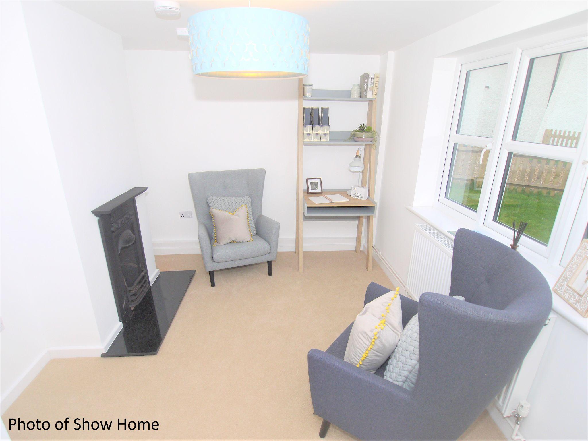3 bedroom mid terraced house Sold in Tonbridge - Photograph 7