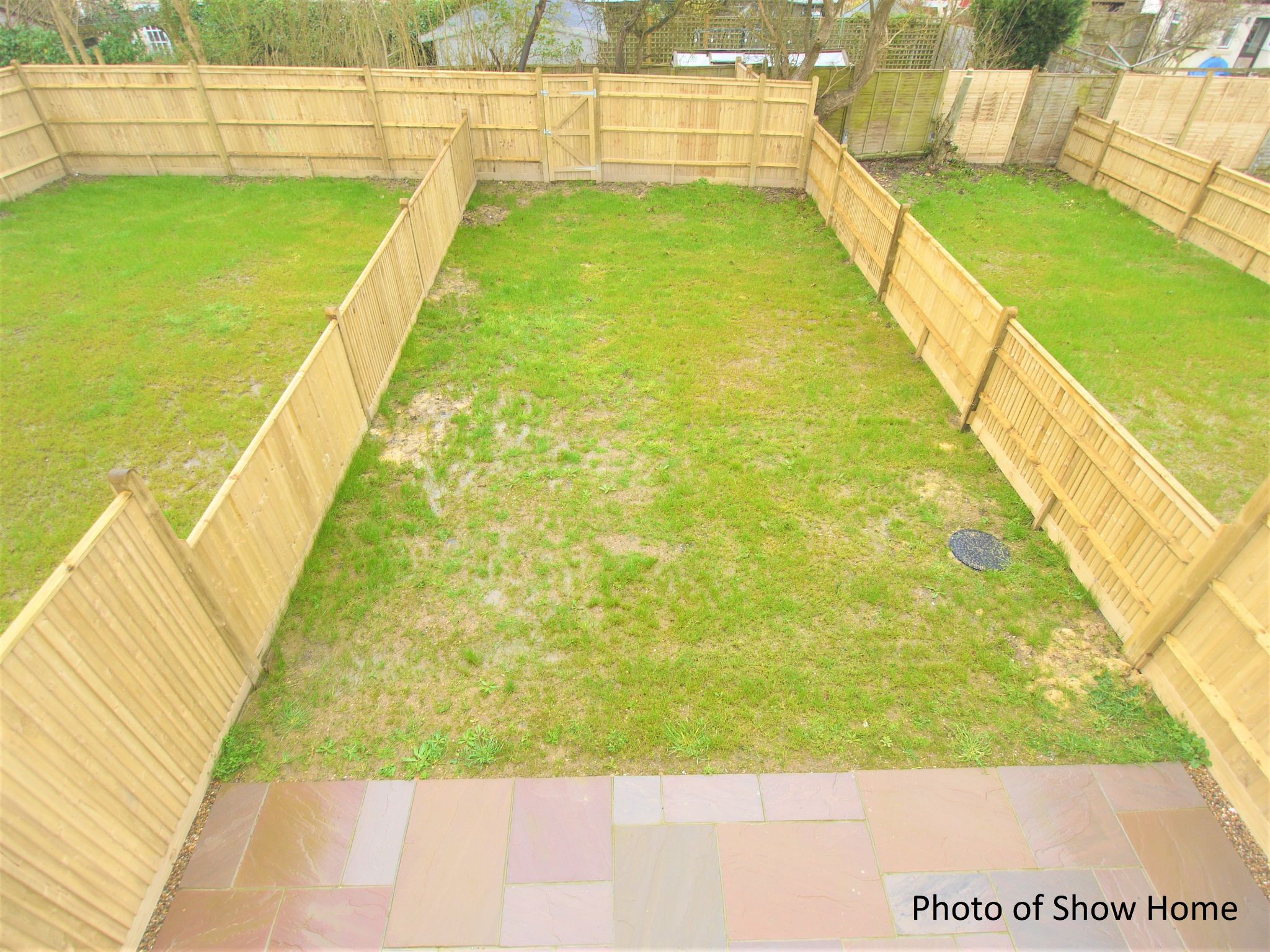 2 bedroom end terraced house Sale Agreed in Tonbridge - Photograph 11