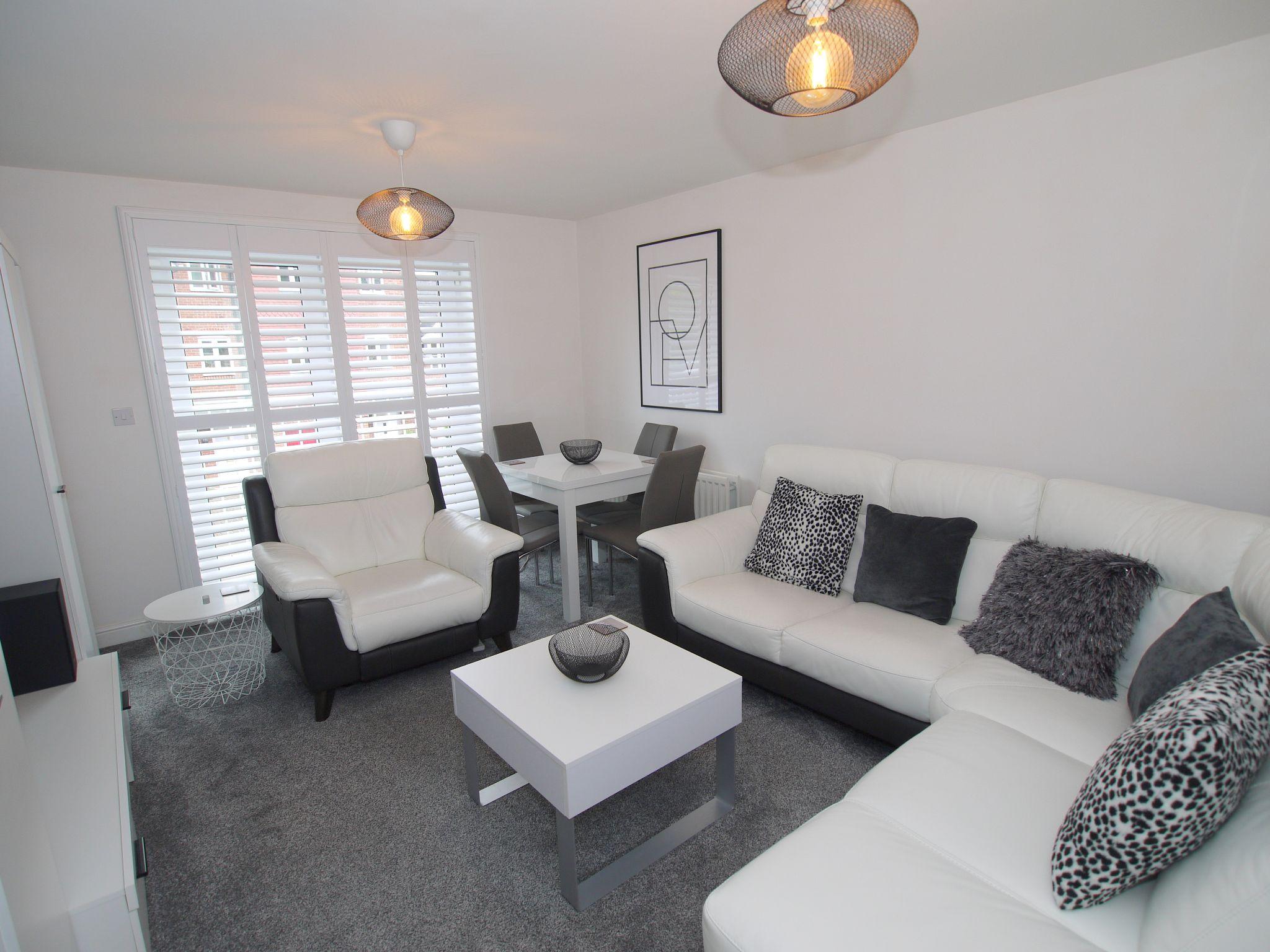 2 bedroom apartment flat/apartment For Sale in Sevenoaks - Photograph 2