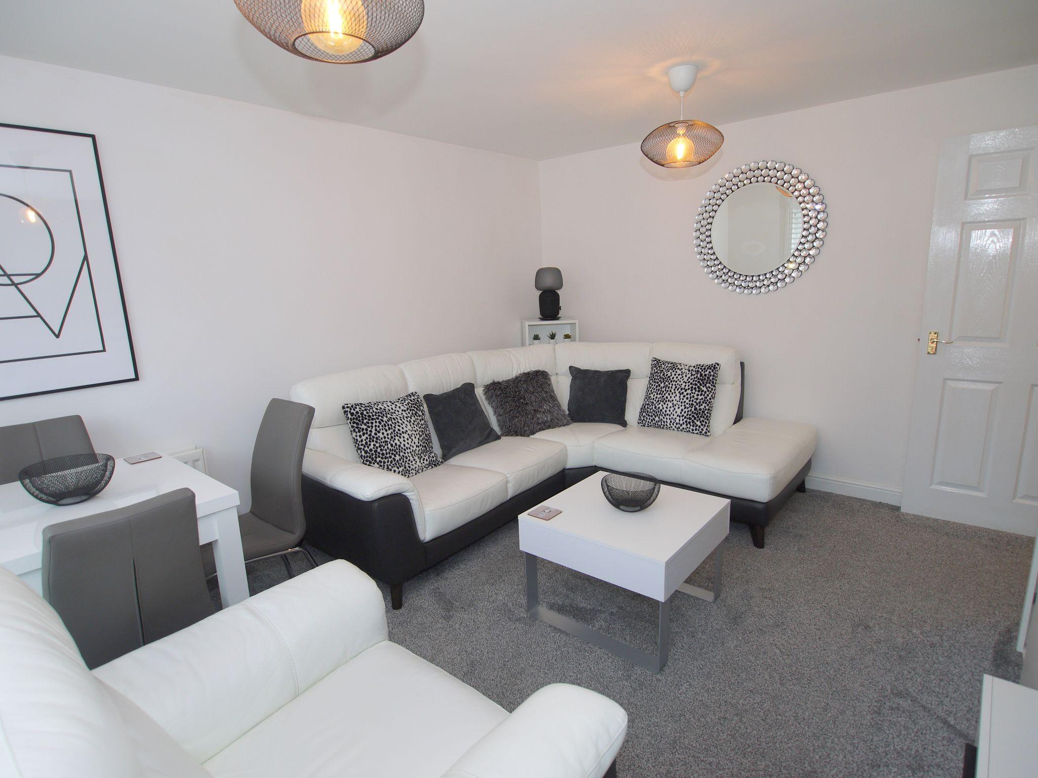 2 bedroom apartment flat/apartment For Sale in Sevenoaks - Photograph 3