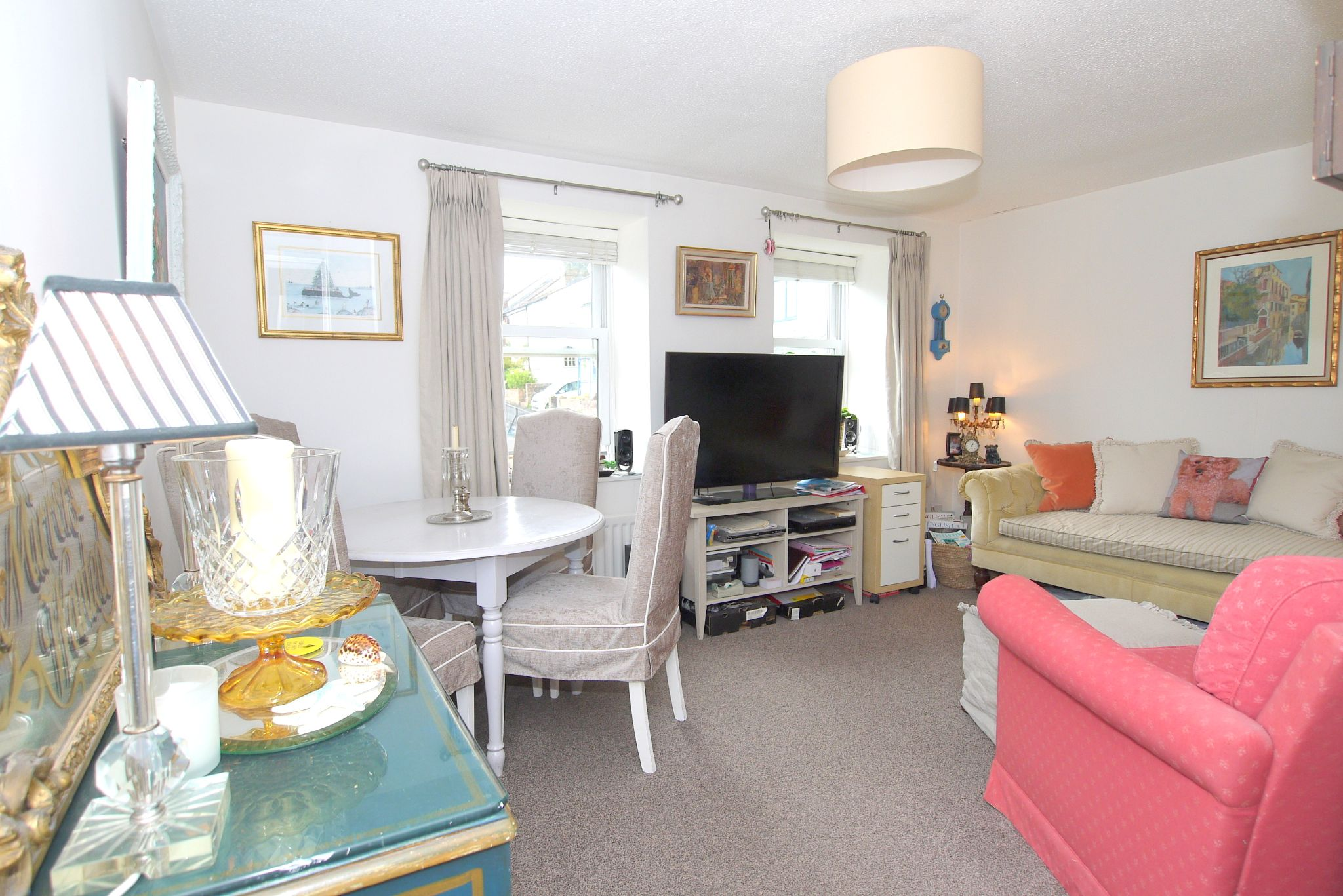 1 bedroom apartment flat/apartment For Sale in Sevenoaks - Property photograph
