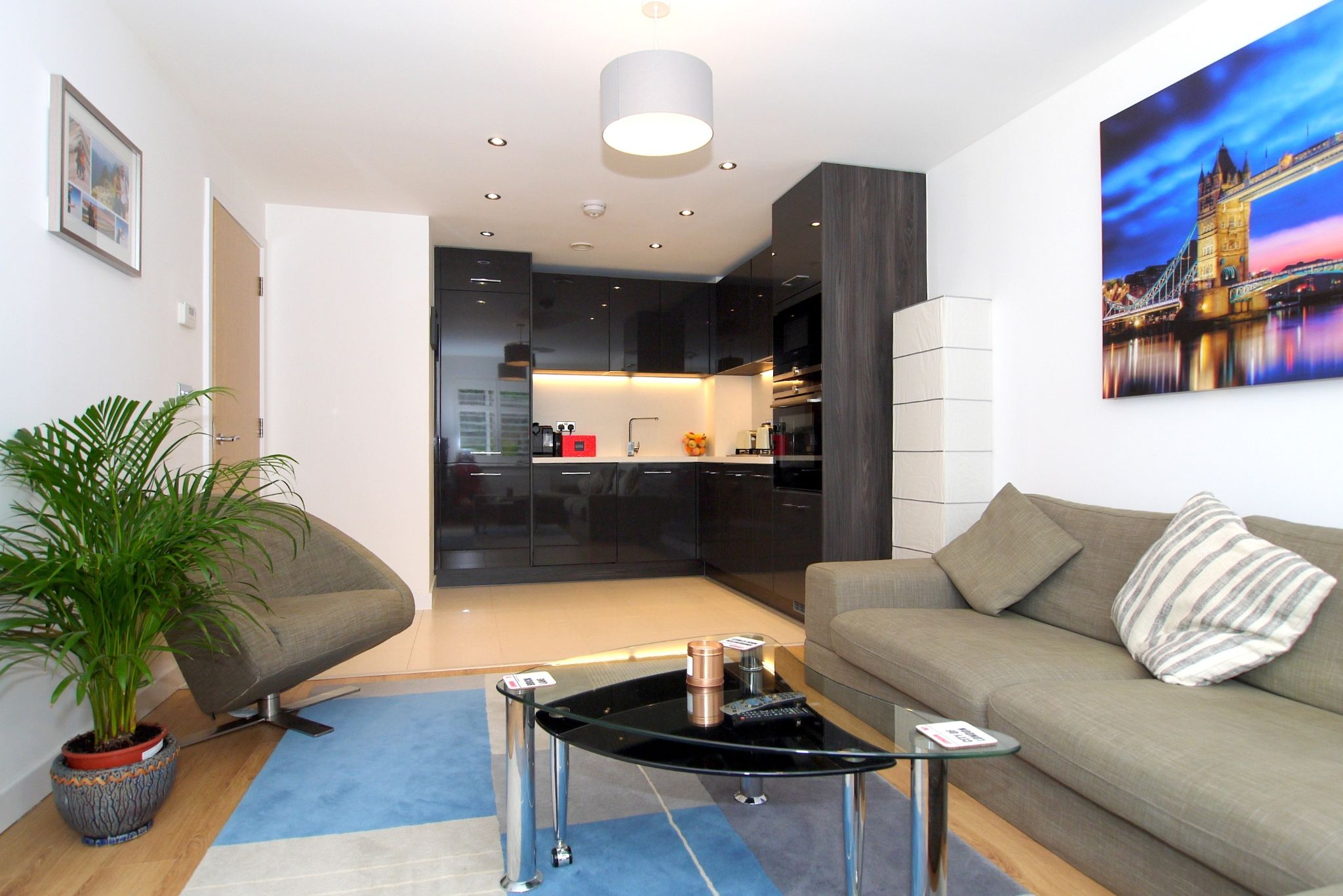 1 bedroom apartment flat/apartment For Sale in Sevenoaks - Photograph 1