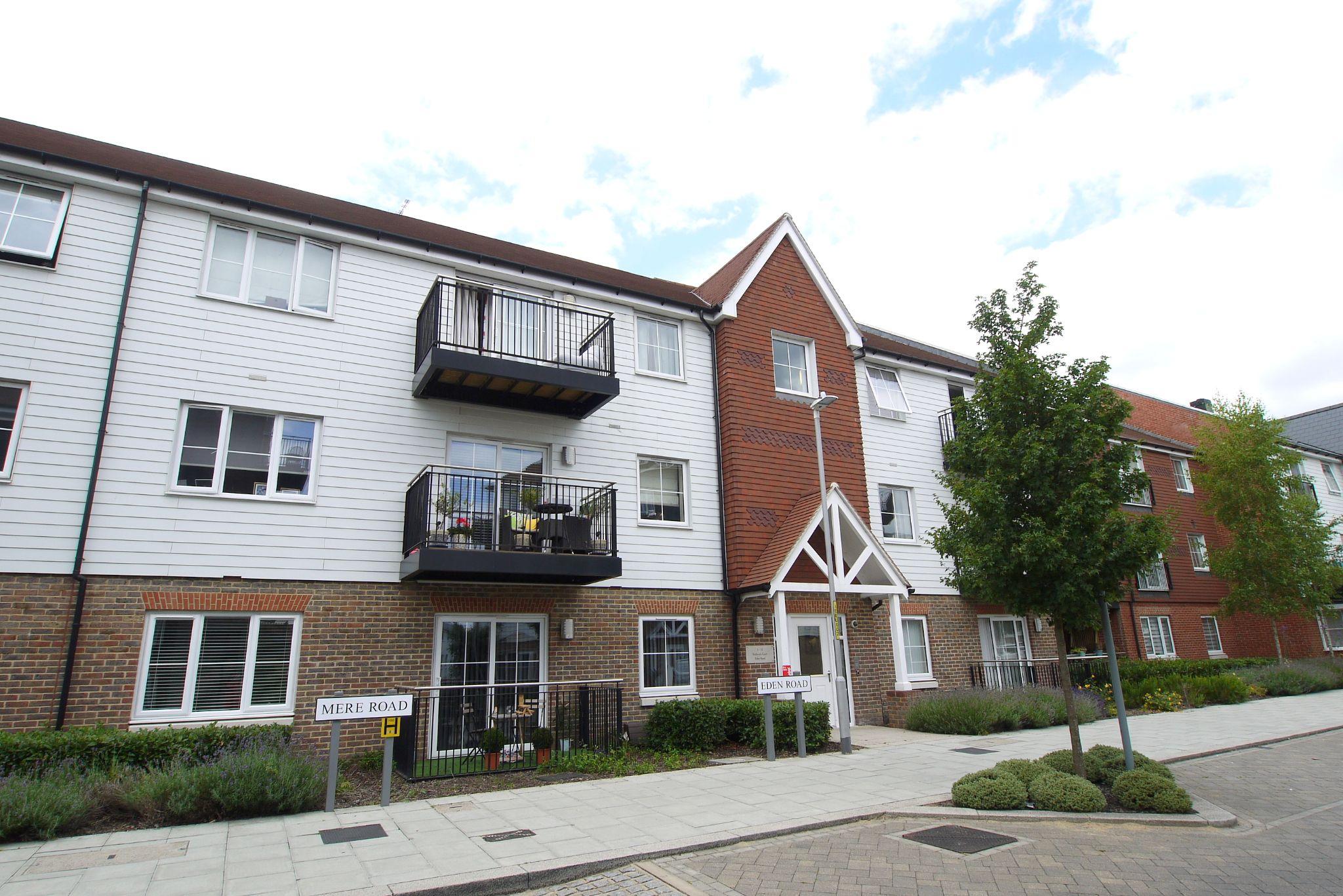 1 bedroom apartment flat/apartment For Sale in Sevenoaks - Photograph 10