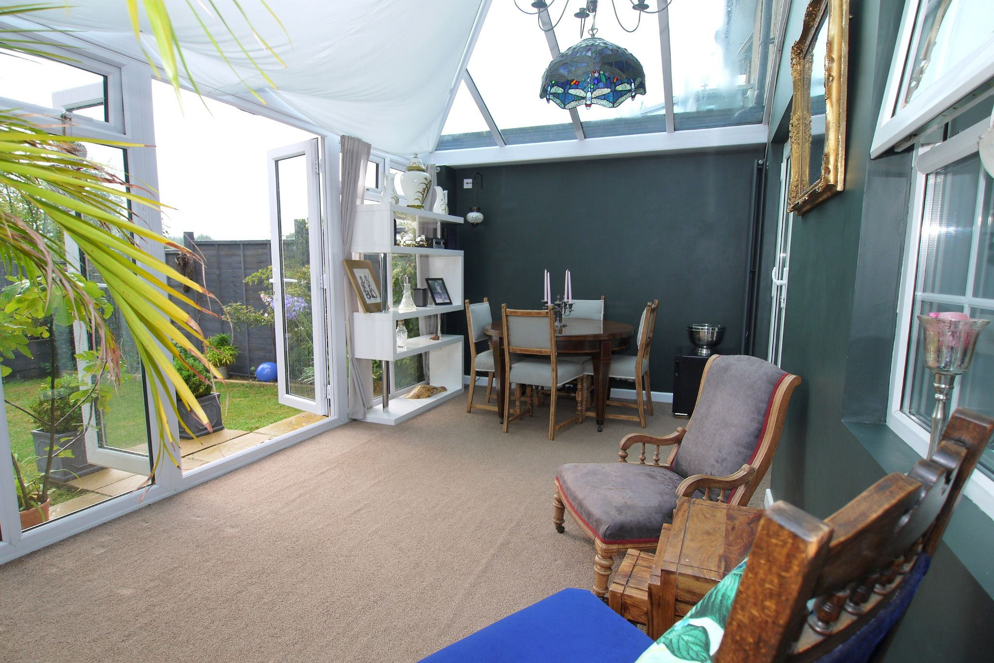 4 bedroom semi-detached house For Sale in Sevenoaks - Photograph 6