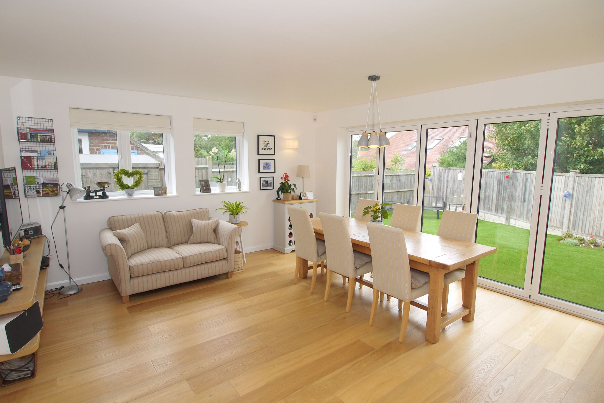 3 bedroom detached house Sale Agreed in Sevenoaks - Photograph 7