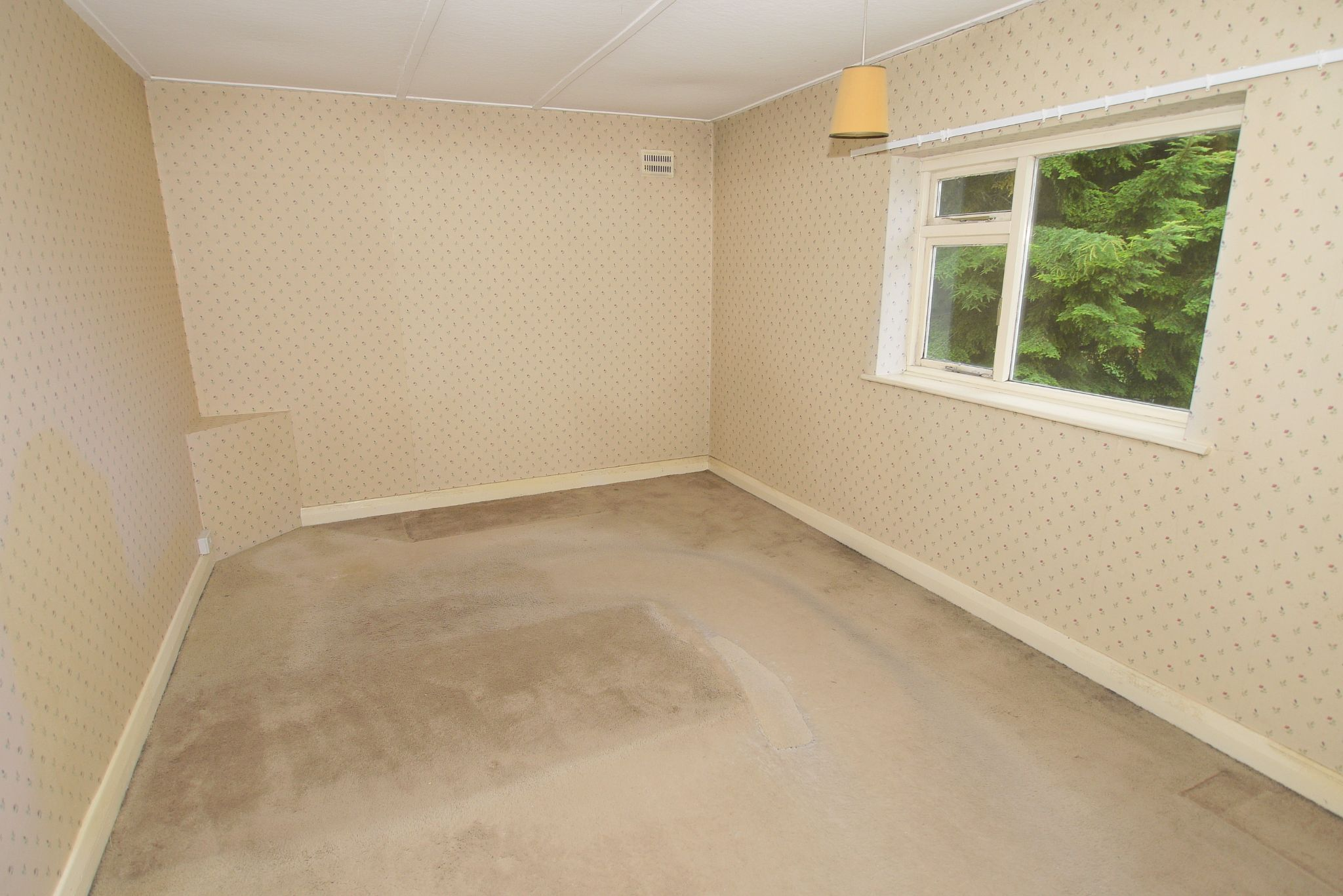 2 bedroom maisonette flat/apartment For Sale in Sevenoaks - Photograph 4