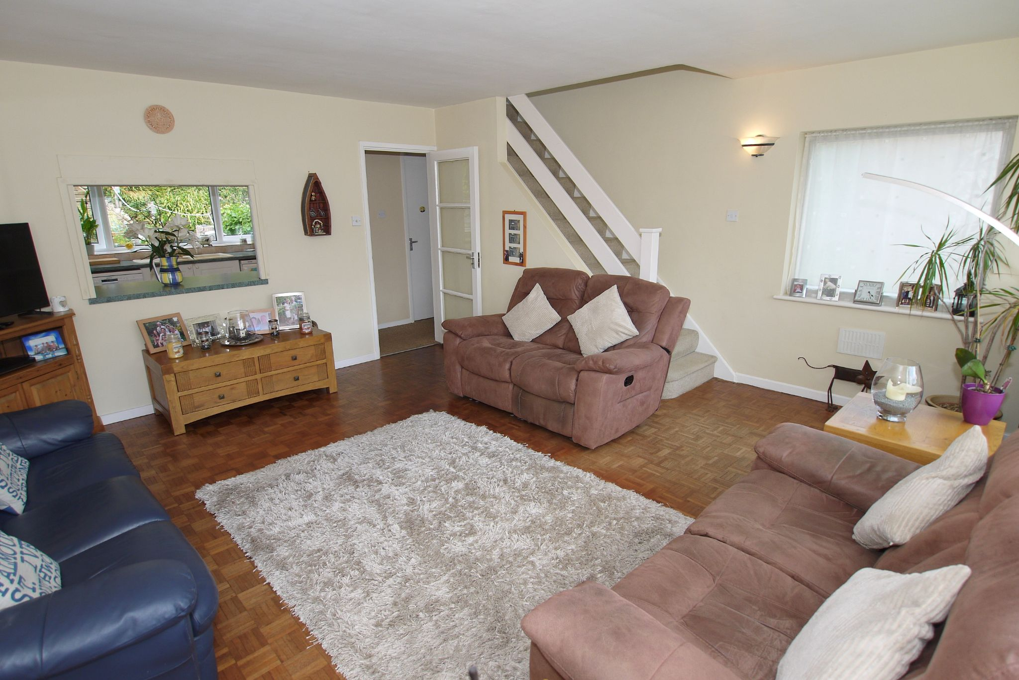 4 bedroom end terraced house Sale Agreed in Sevenoaks - Photograph 3