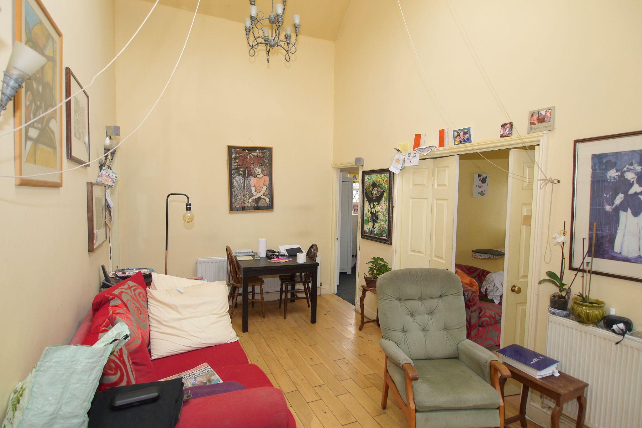 4 bedroom detached bungalow Sold in Sevenoaks - Photograph 2