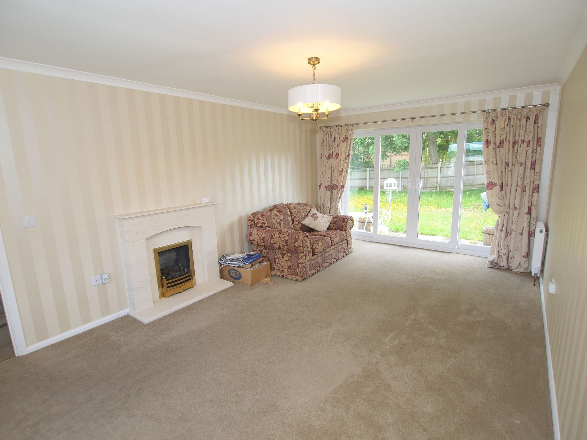 2 bedroom detached bungalow Sold in Sevenoaks - Photograph 4