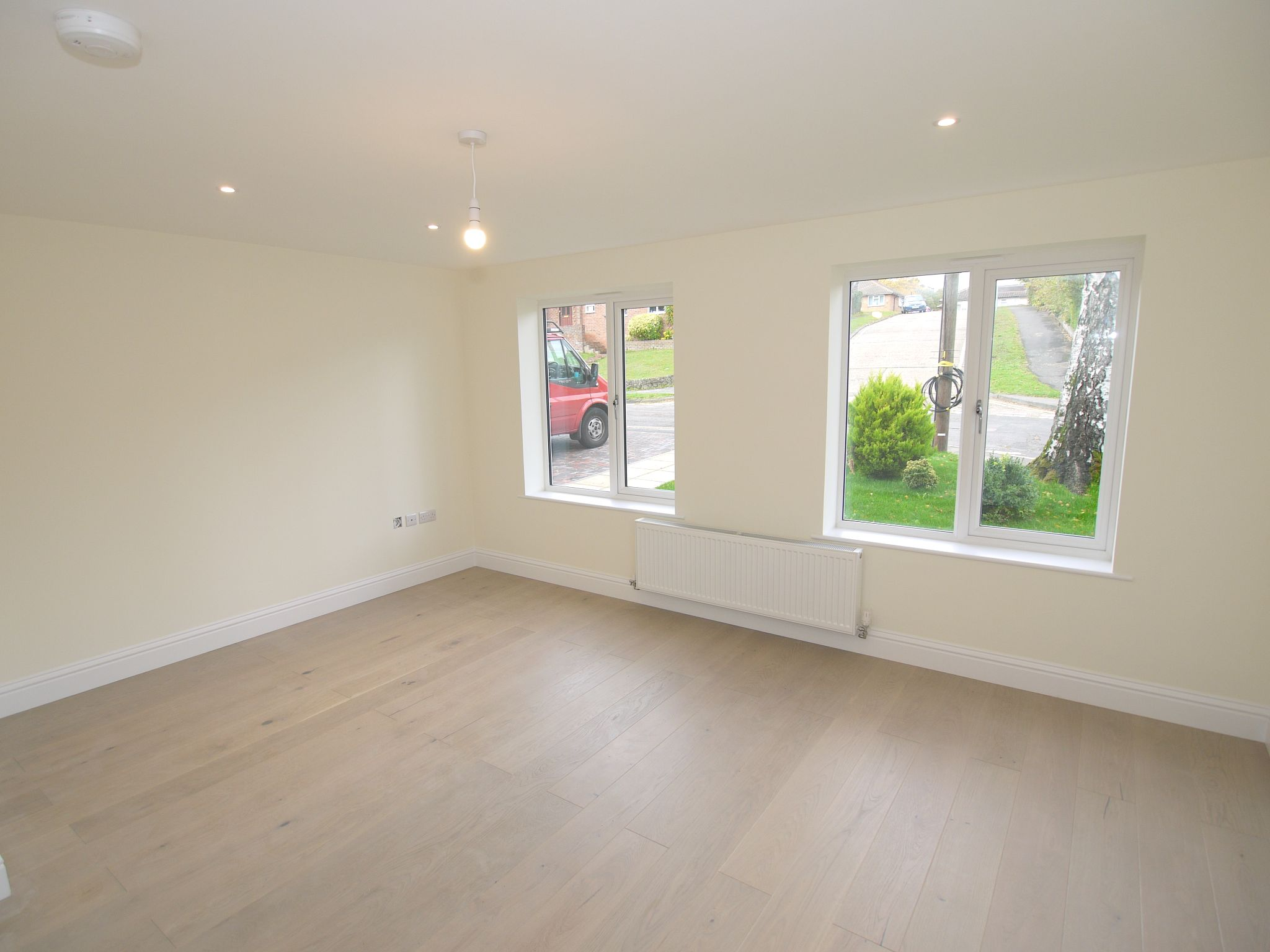 2 bedroom detached house Sale Agreed in Sevenoaks - Photograph 5