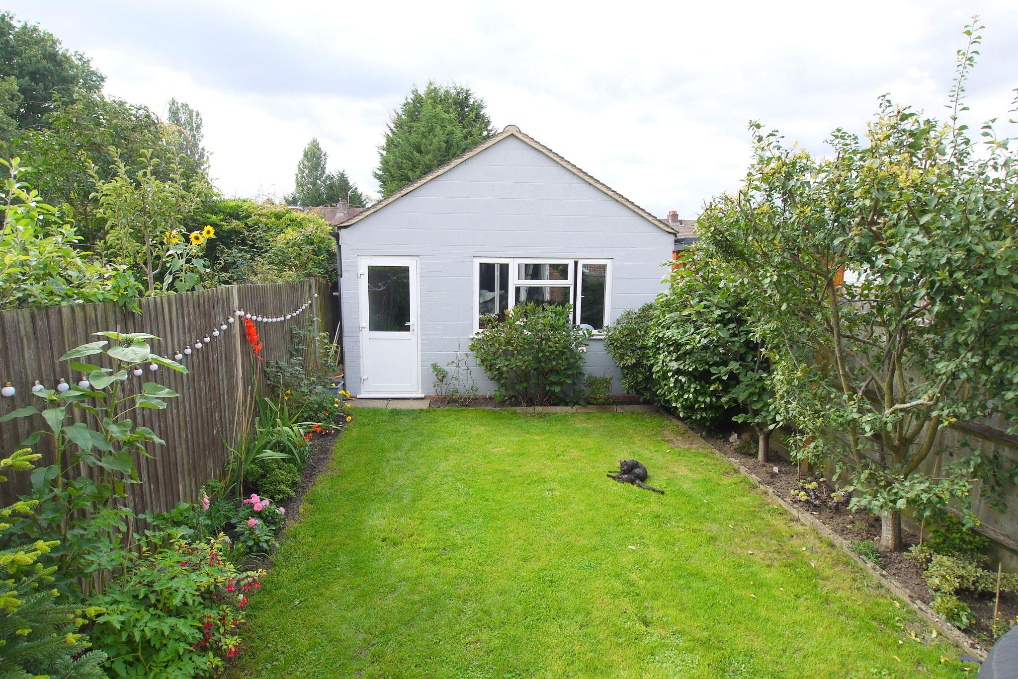 3 bedroom mid terraced house For Sale in Sevenoaks - Photograph 11