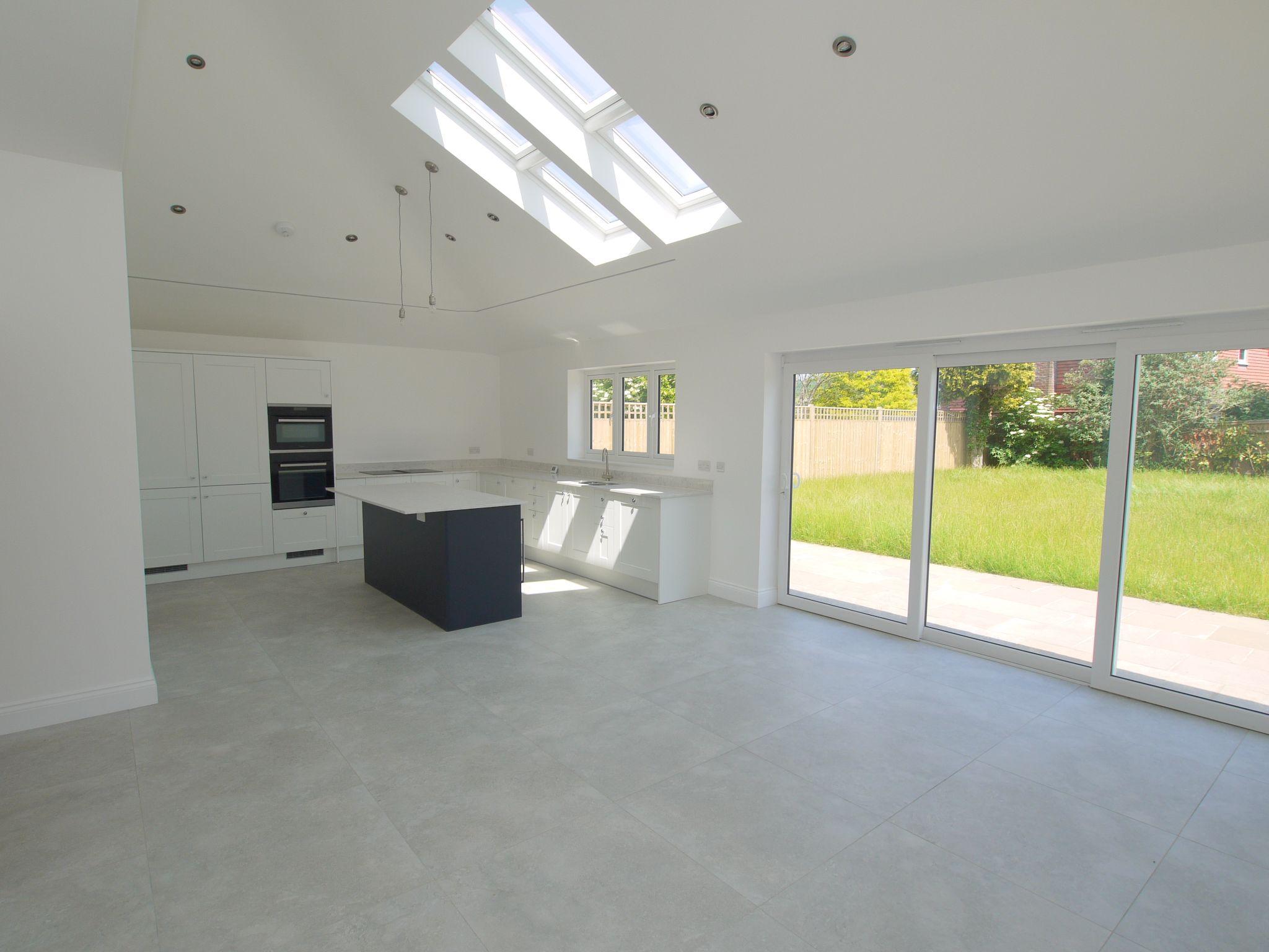 3 bedroom detached bungalow For Sale in Sevenoaks - Photograph 1