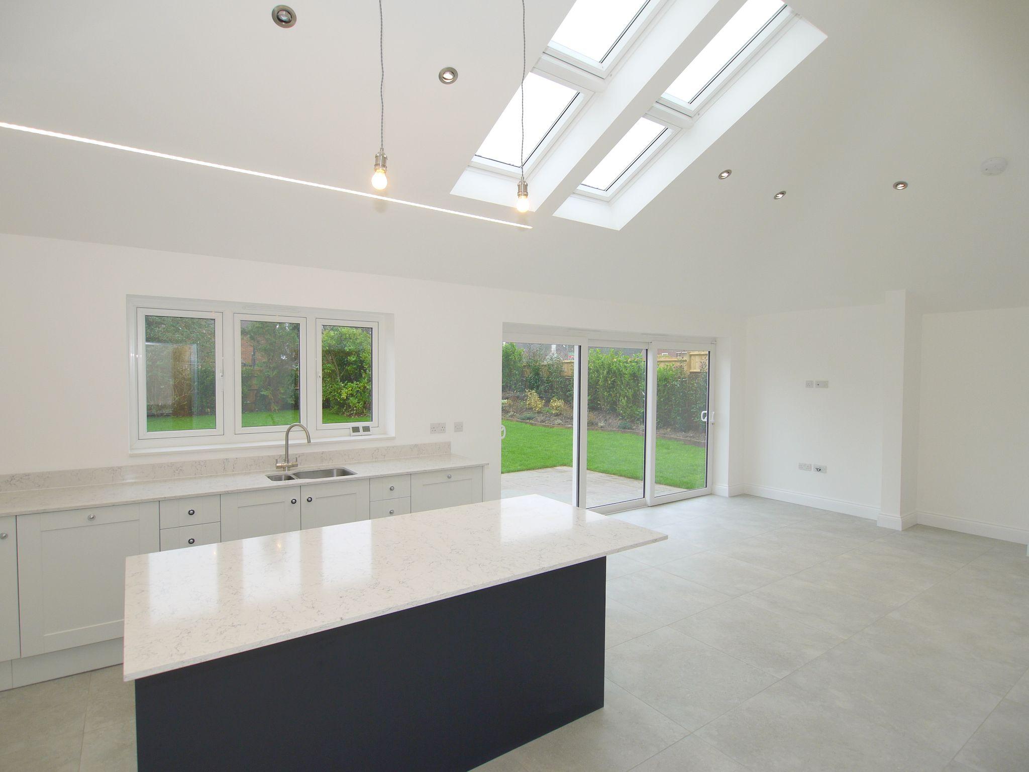3 bedroom detached bungalow For Sale in Sevenoaks - Photograph 3