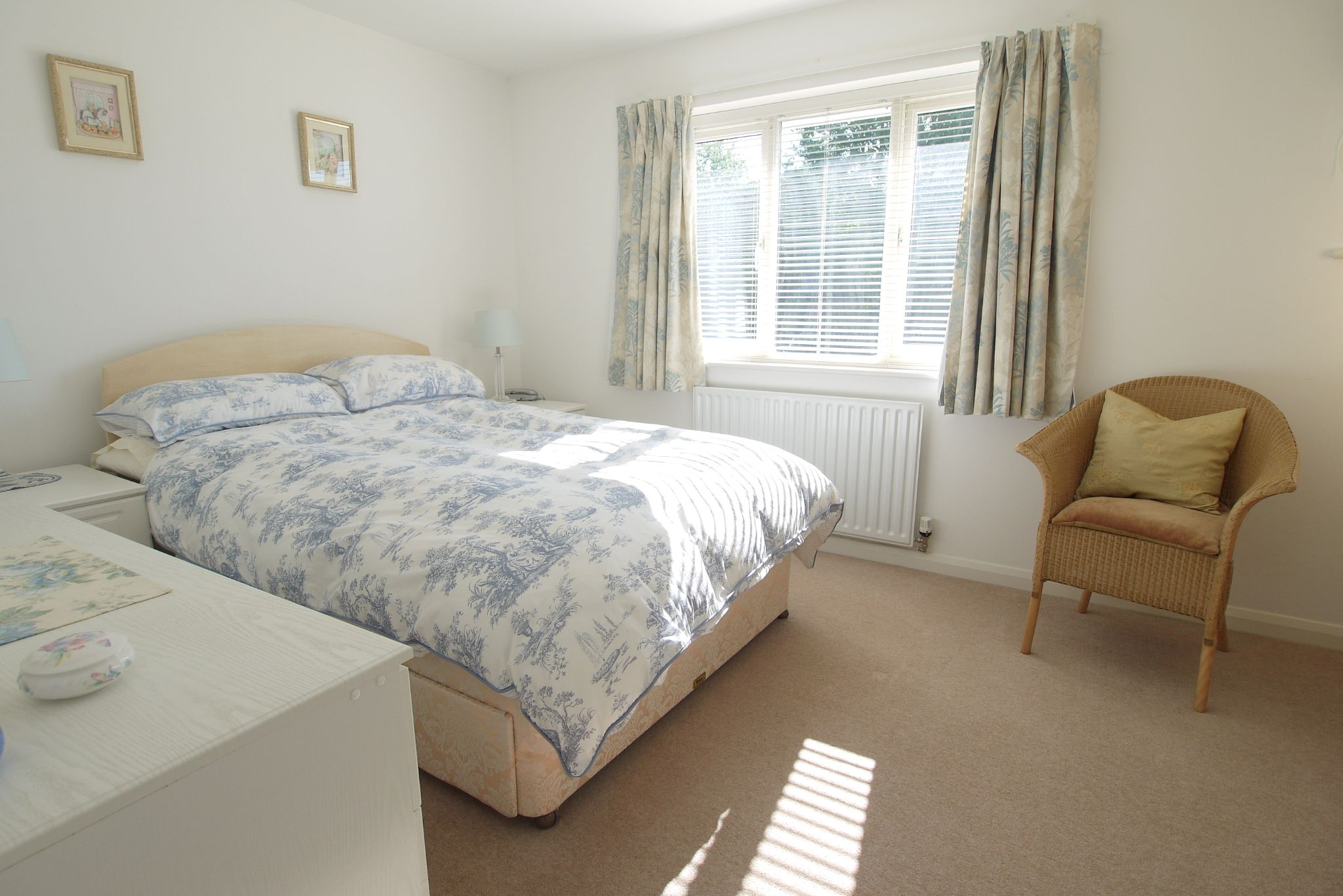 2 bedroom end terraced house For Sale in Sevenoaks - Photograph 7