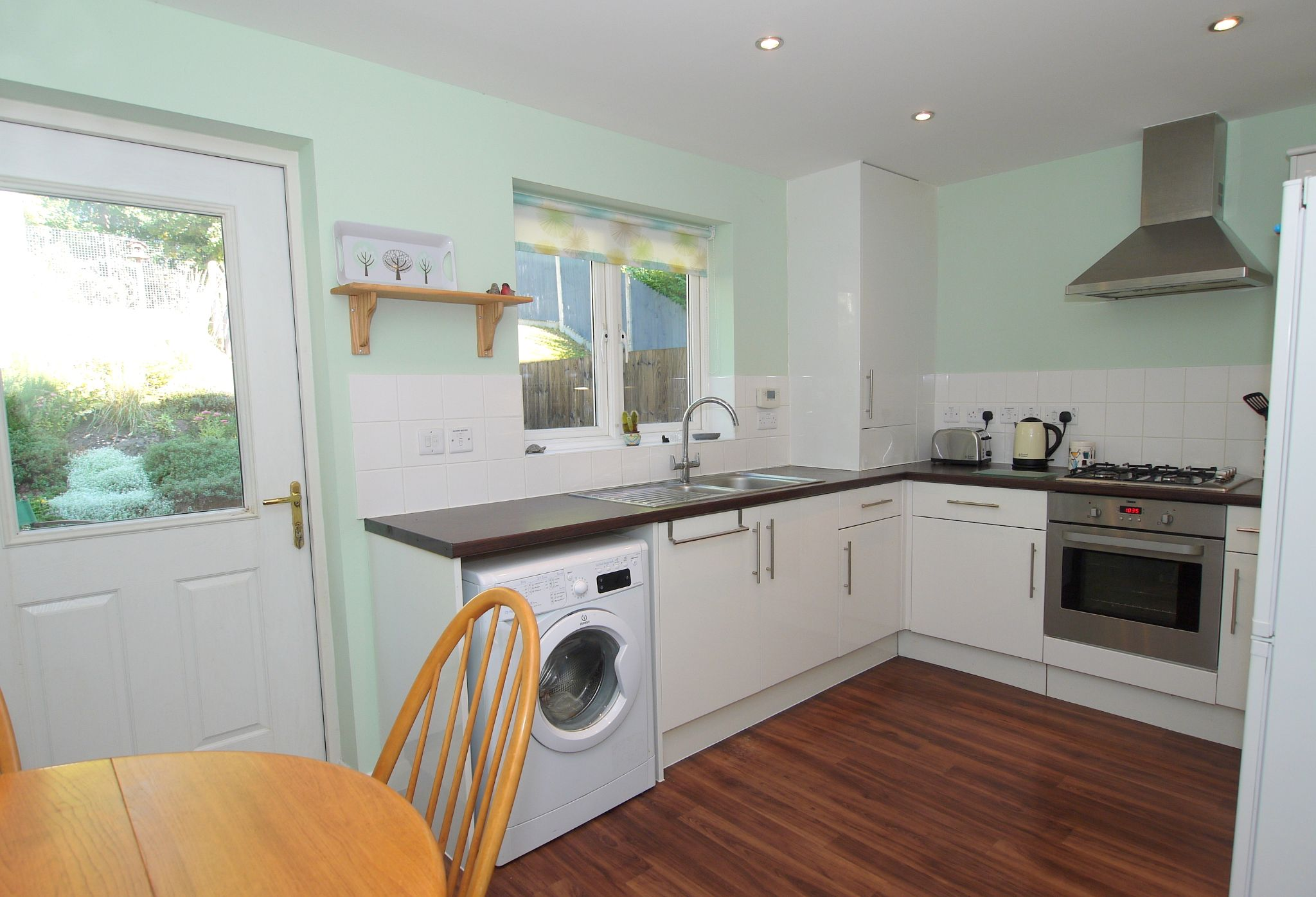 2 bedroom end terraced house For Sale in Sevenoaks - Photograph 5