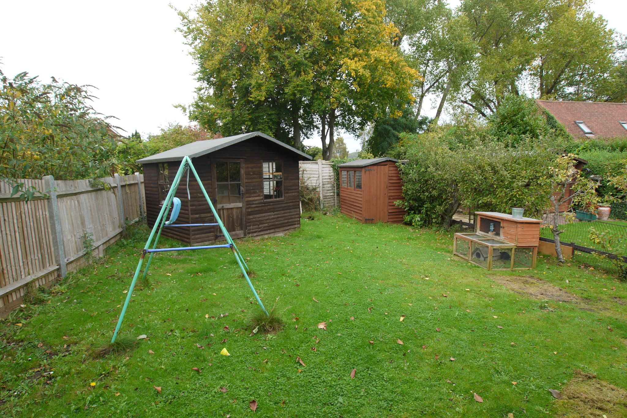 3 bedroom semi-detached house Sold in Sevenoaks - Photograph 8