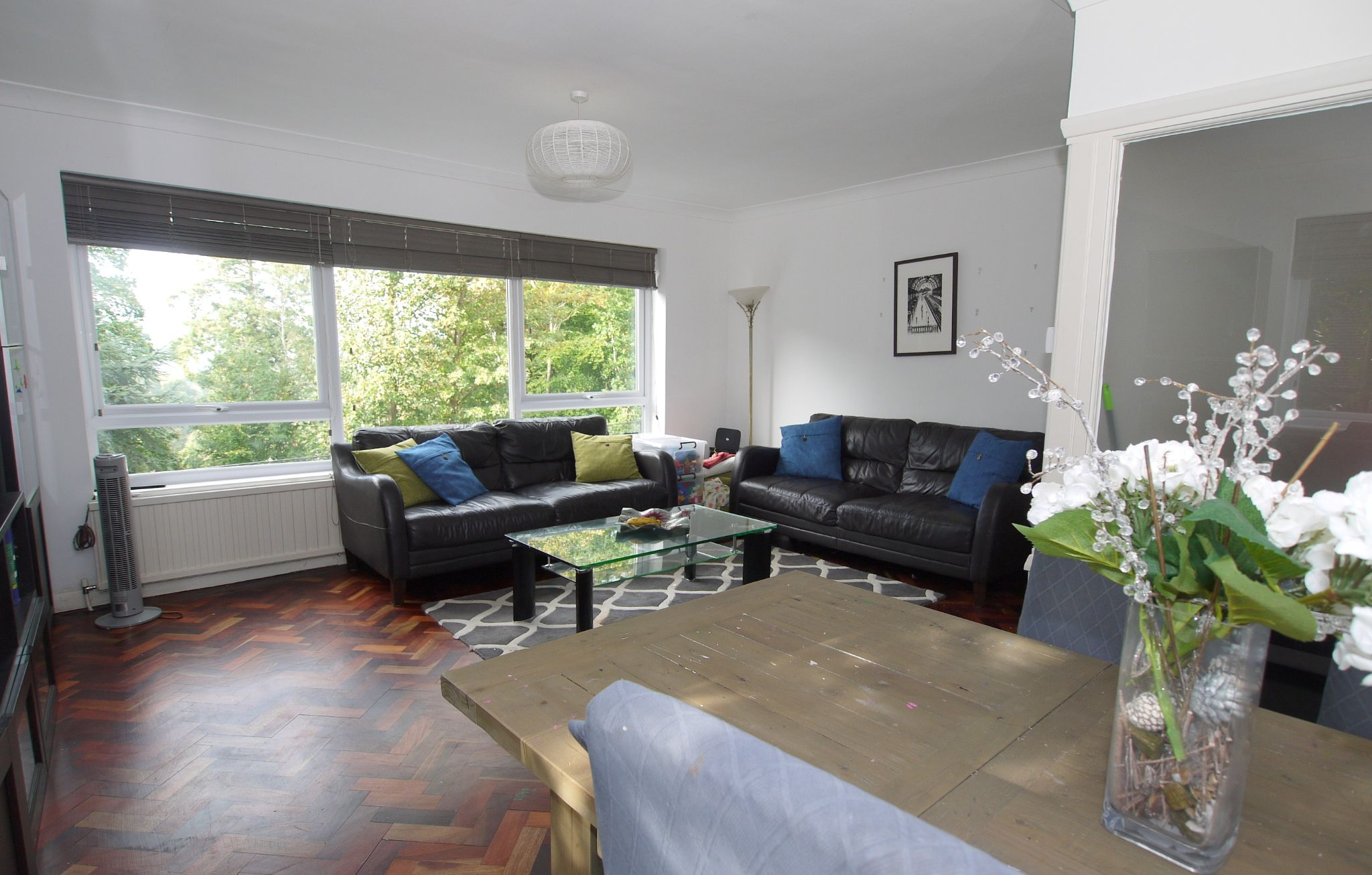 3 bedroom apartment flat/apartment Sale Agreed in Sevenoaks - Photograph 2