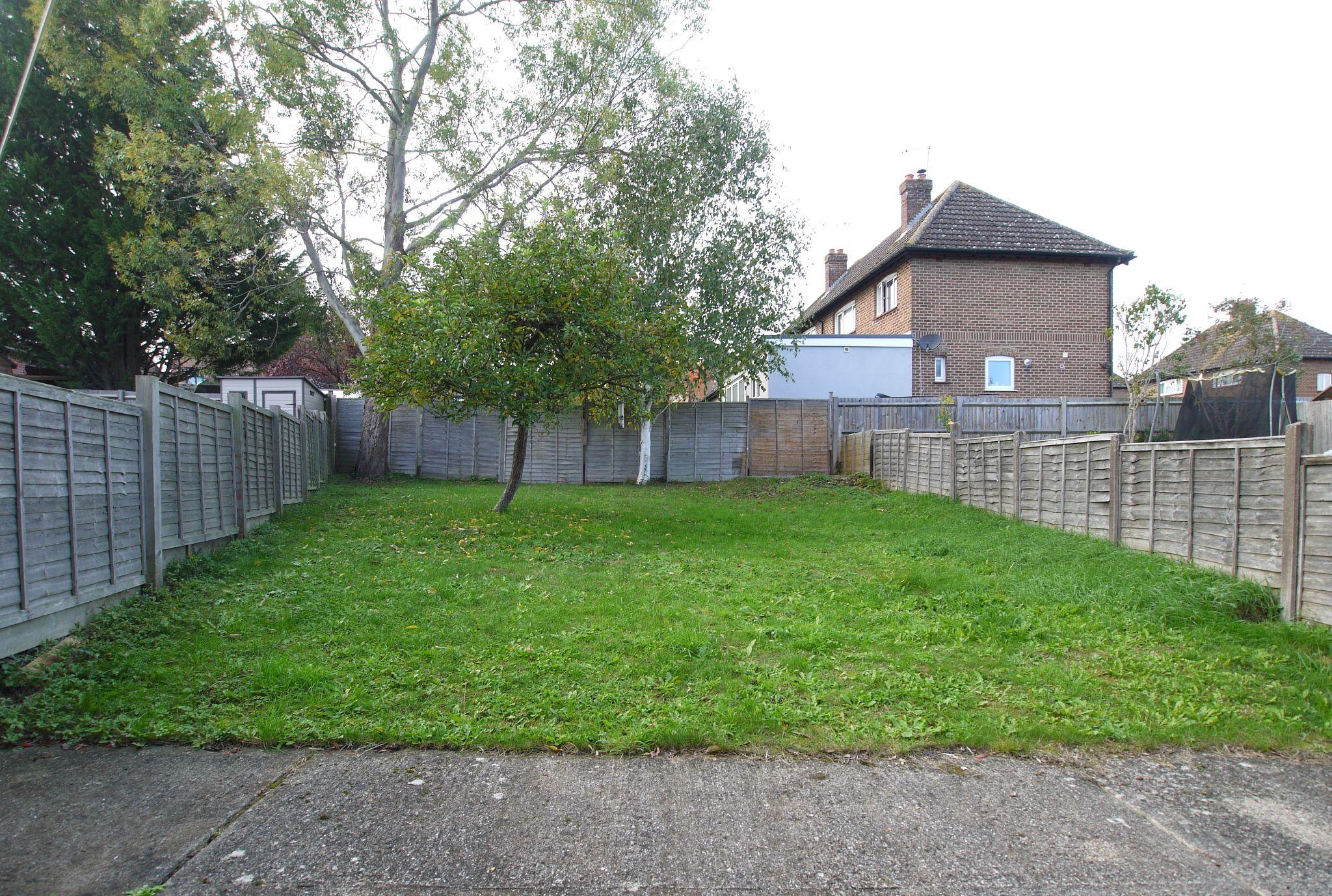 2 bedroom mid terraced house For Sale in Sevenoaks - Photograph 7