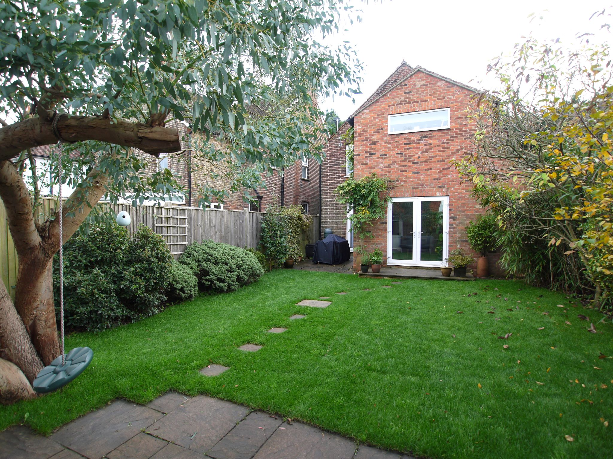 4 bedroom detached house Sale Agreed in Sevenoaks - Photograph 12