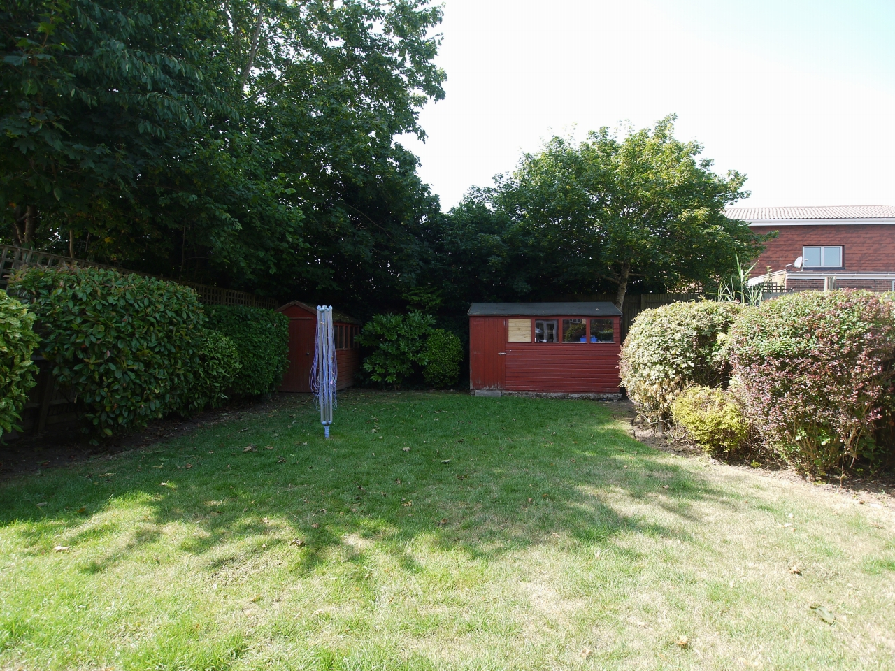 4 bedroom detached house For Sale in Sevenoaks - Photograph 12
