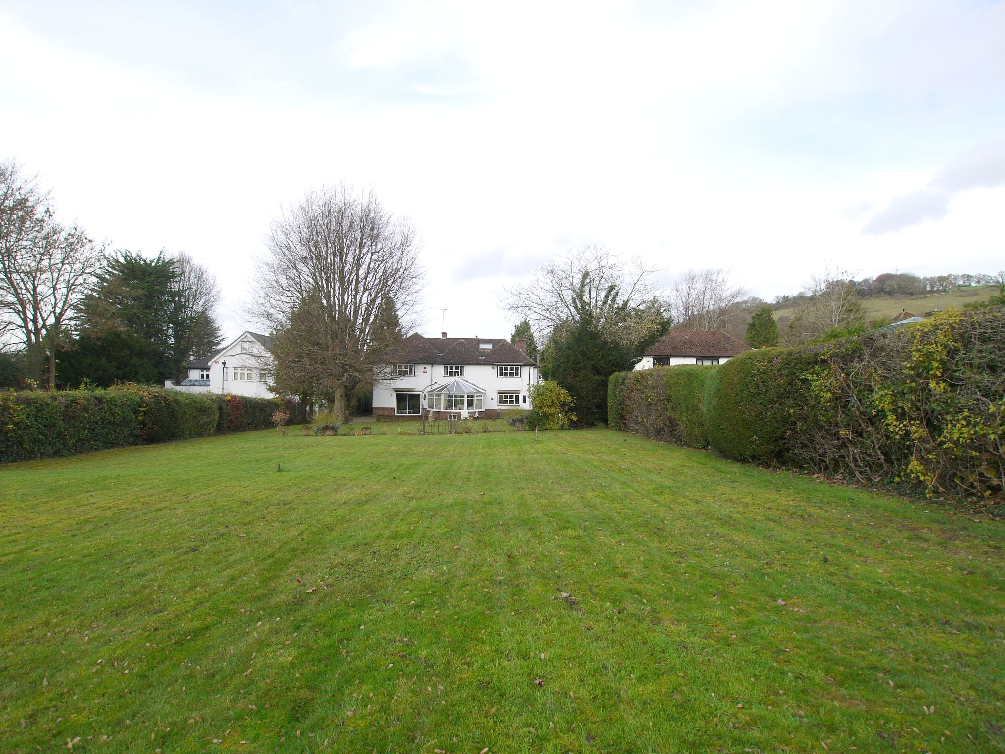 6 bedroom detached house For Sale in Sevenoaks - Photograph 22