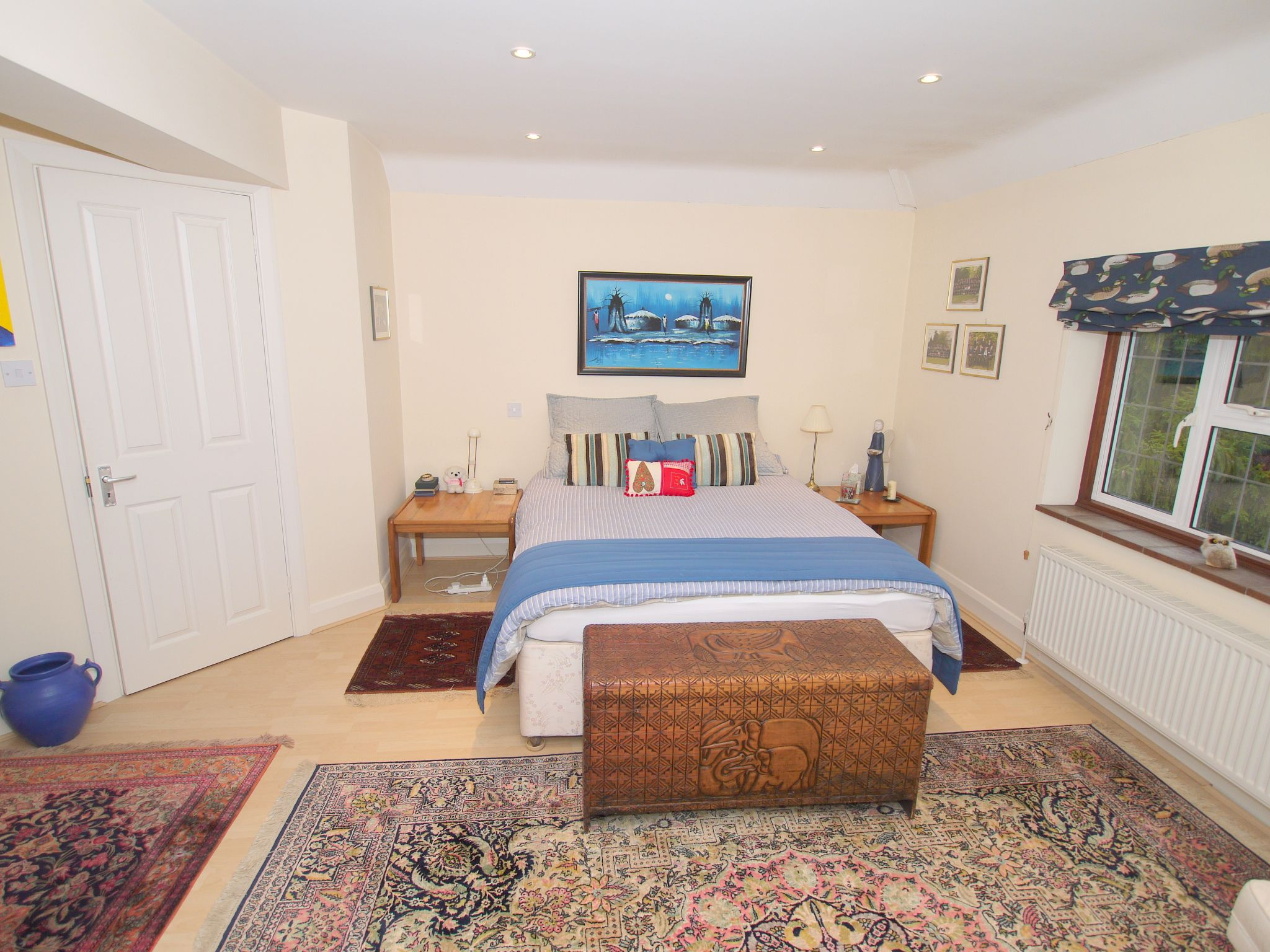 6 bedroom detached house For Sale in Sevenoaks - Photograph 16