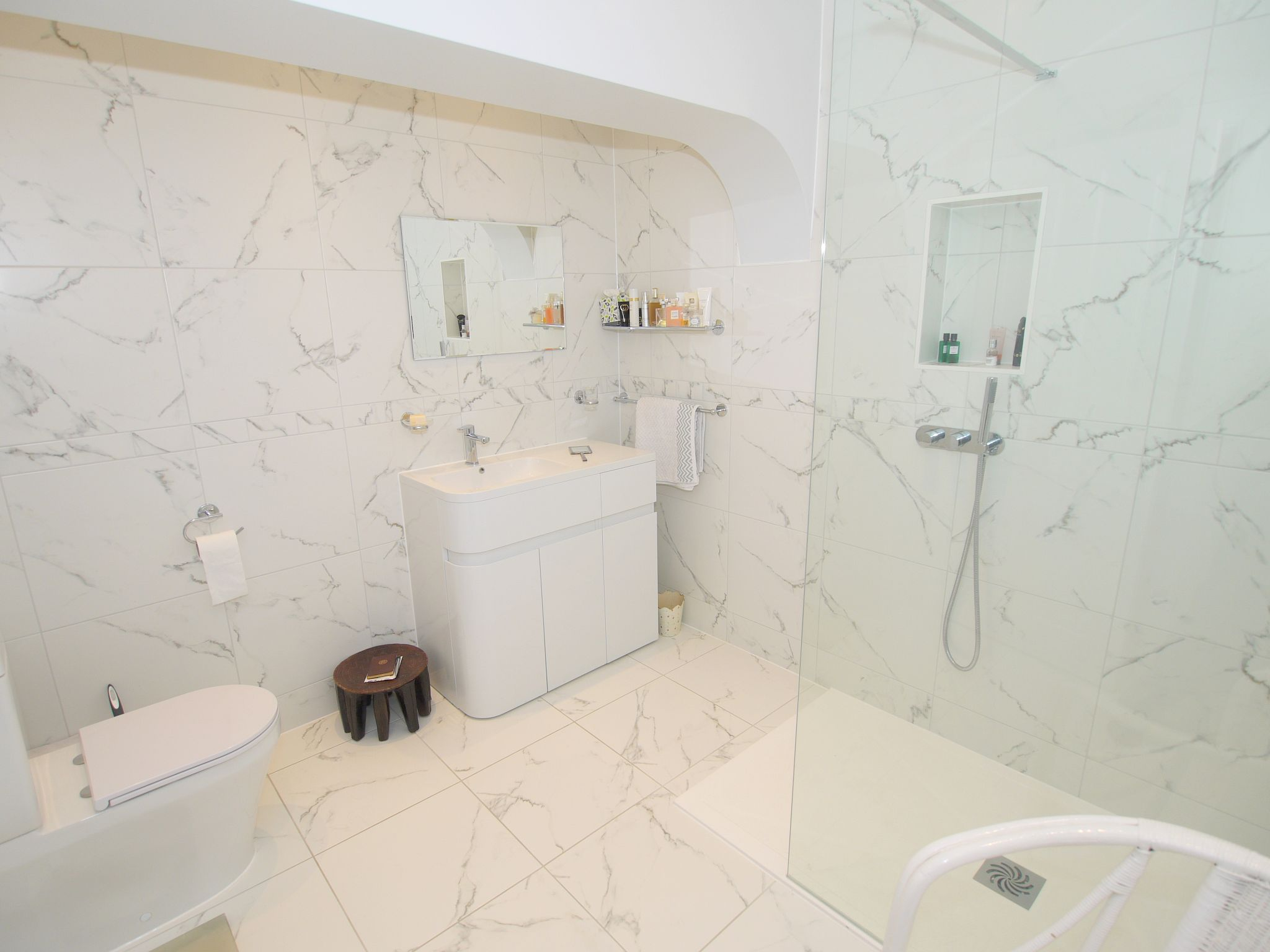6 bedroom detached house For Sale in Sevenoaks - Photograph 17