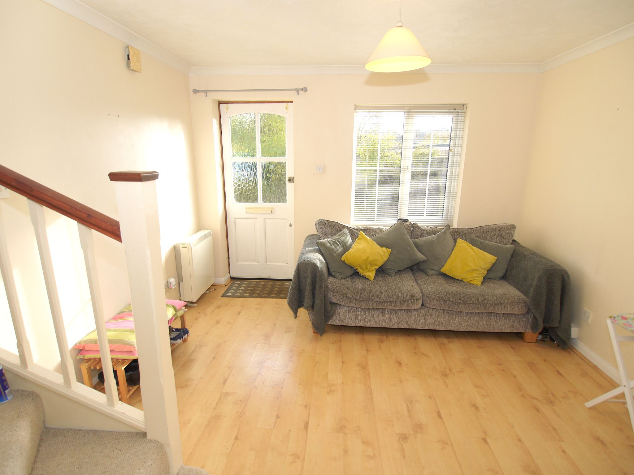 1 bedroom flat Sold in Sevenoaks - Photograph 2