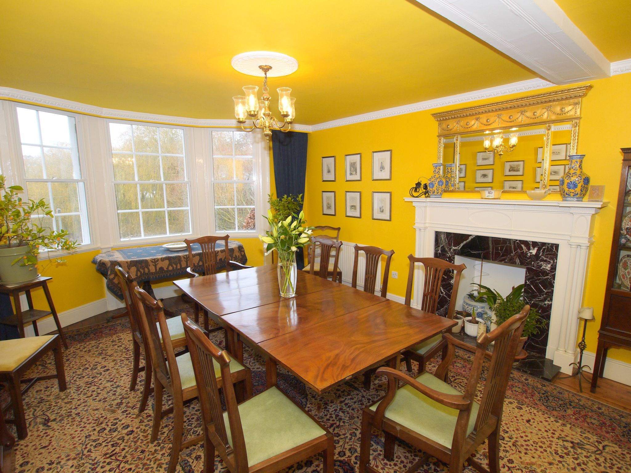 5 bedroom semi-detached house For Sale in Sundridge - Photograph 3