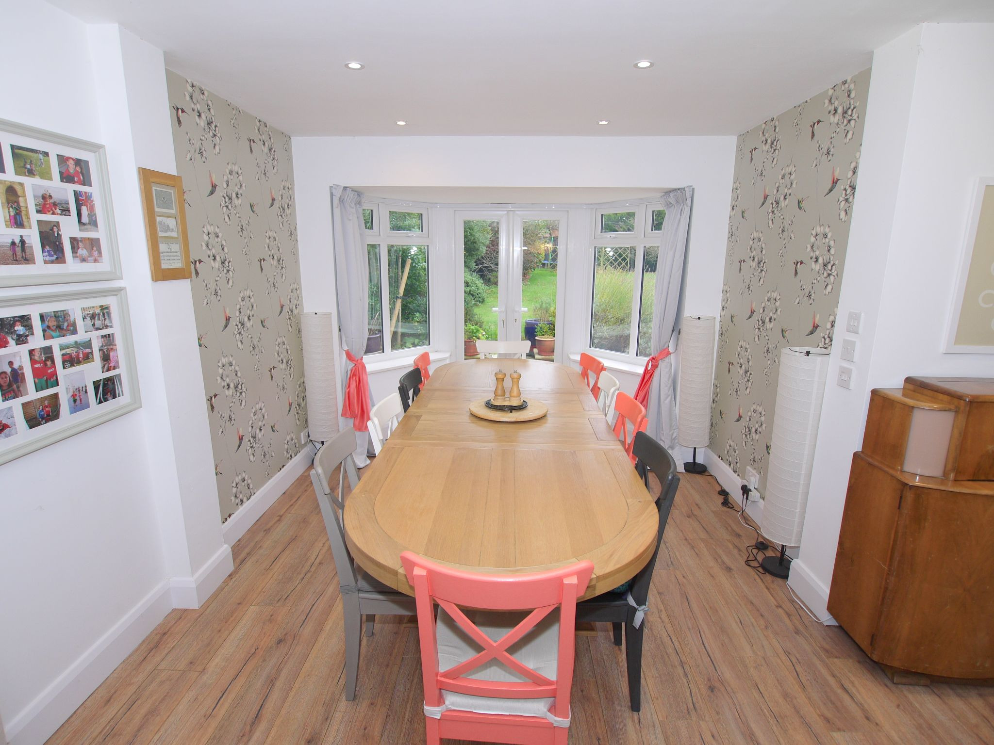 7 bedroom detached house For Sale in Sevenoaks - Photograph 5