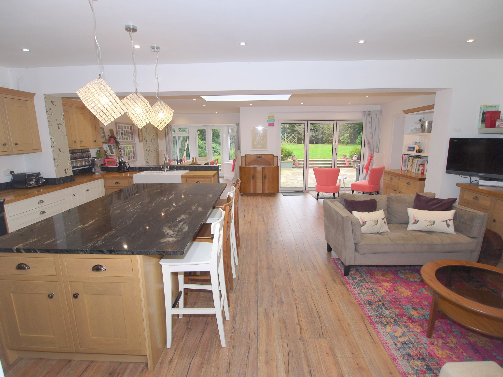 7 bedroom detached house For Sale in Sevenoaks - Photograph 3
