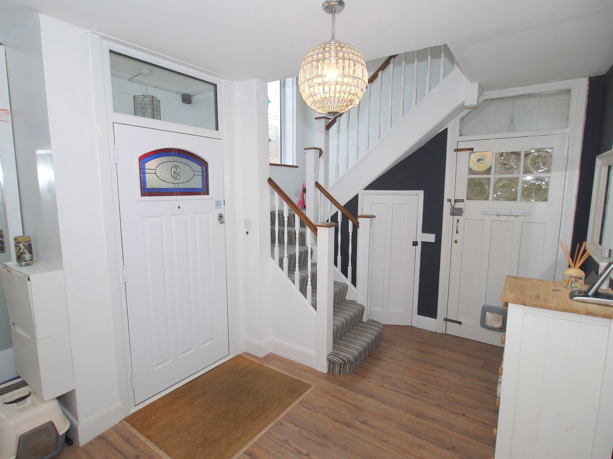 7 bedroom detached house For Sale in Sevenoaks - Photograph 8