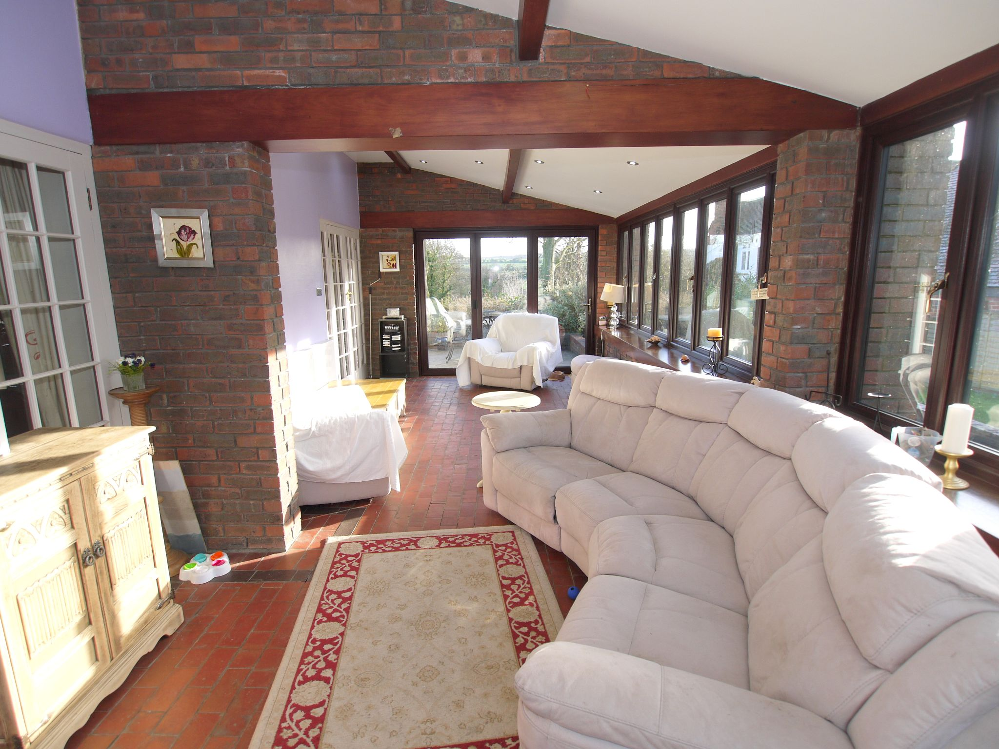4 bedroom detached house For Sale in Farningham - Photograph 4
