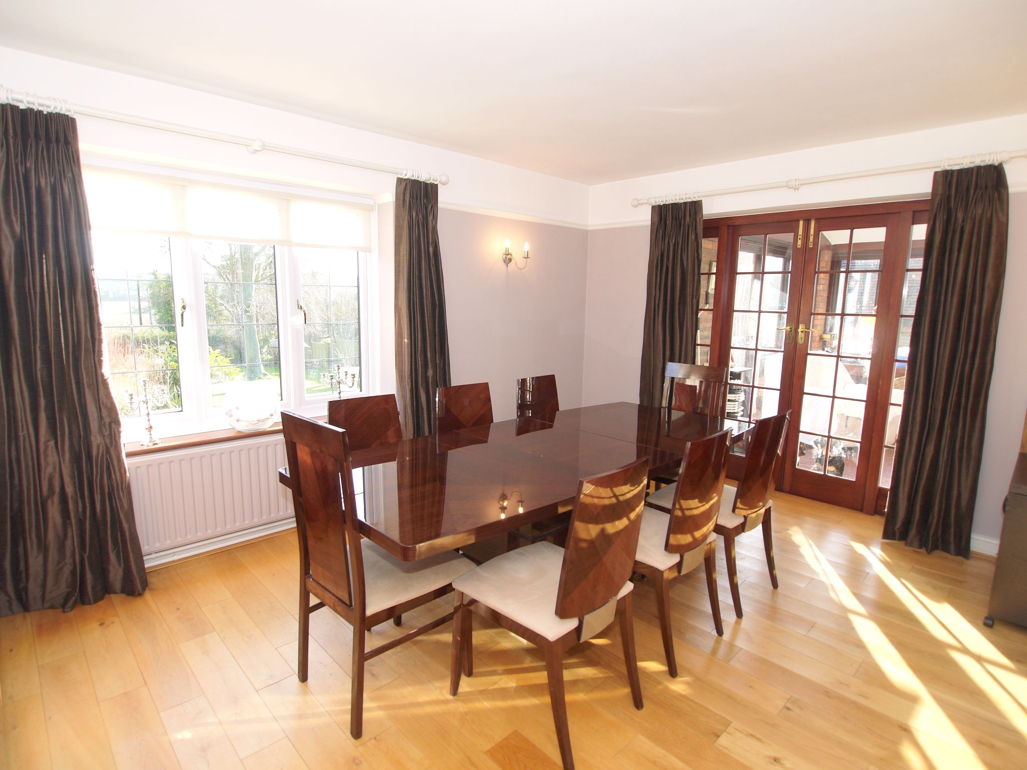 4 bedroom detached house For Sale in Farningham - Photograph 7