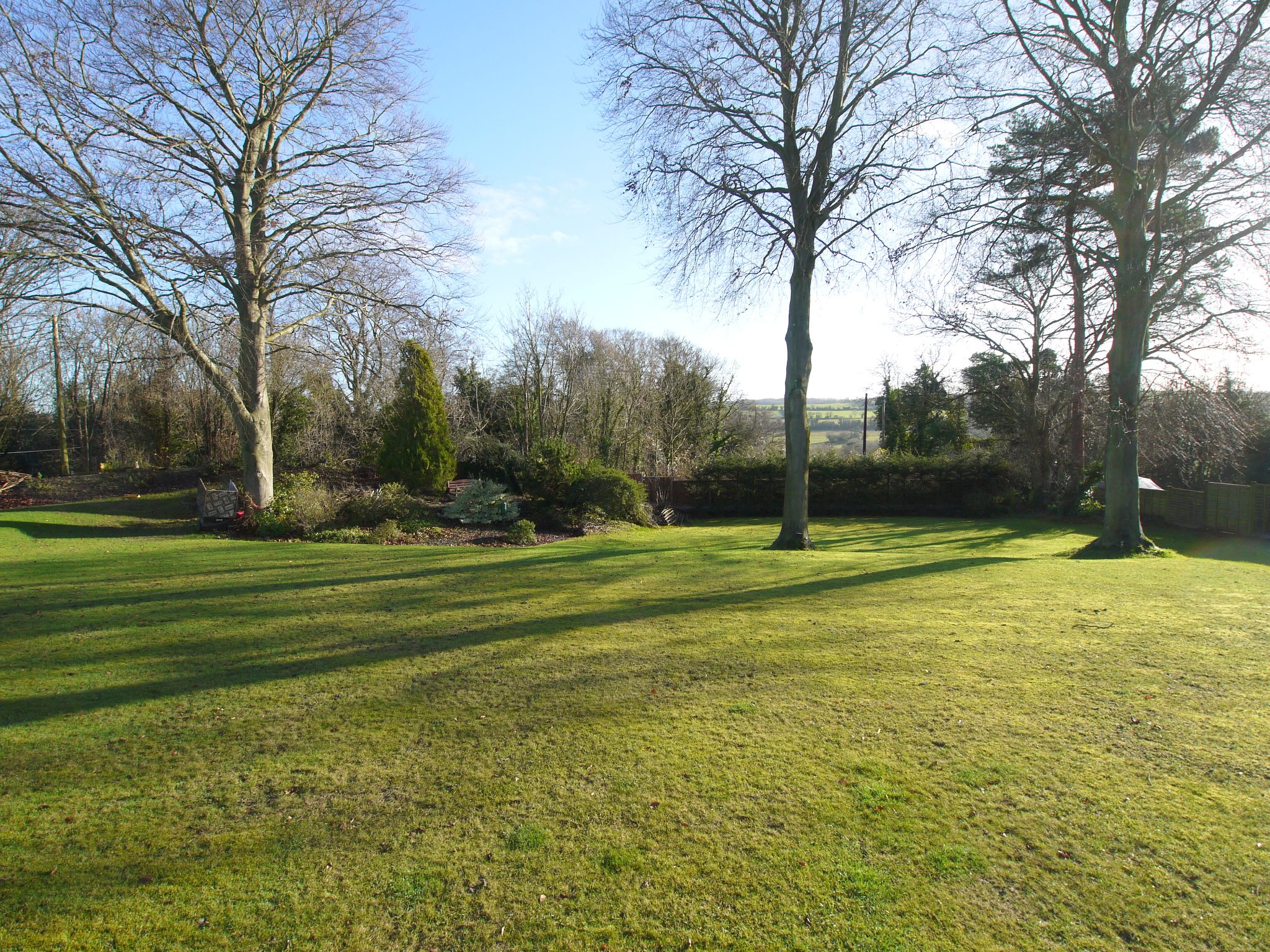 4 bedroom detached house For Sale in Farningham - Photograph 15