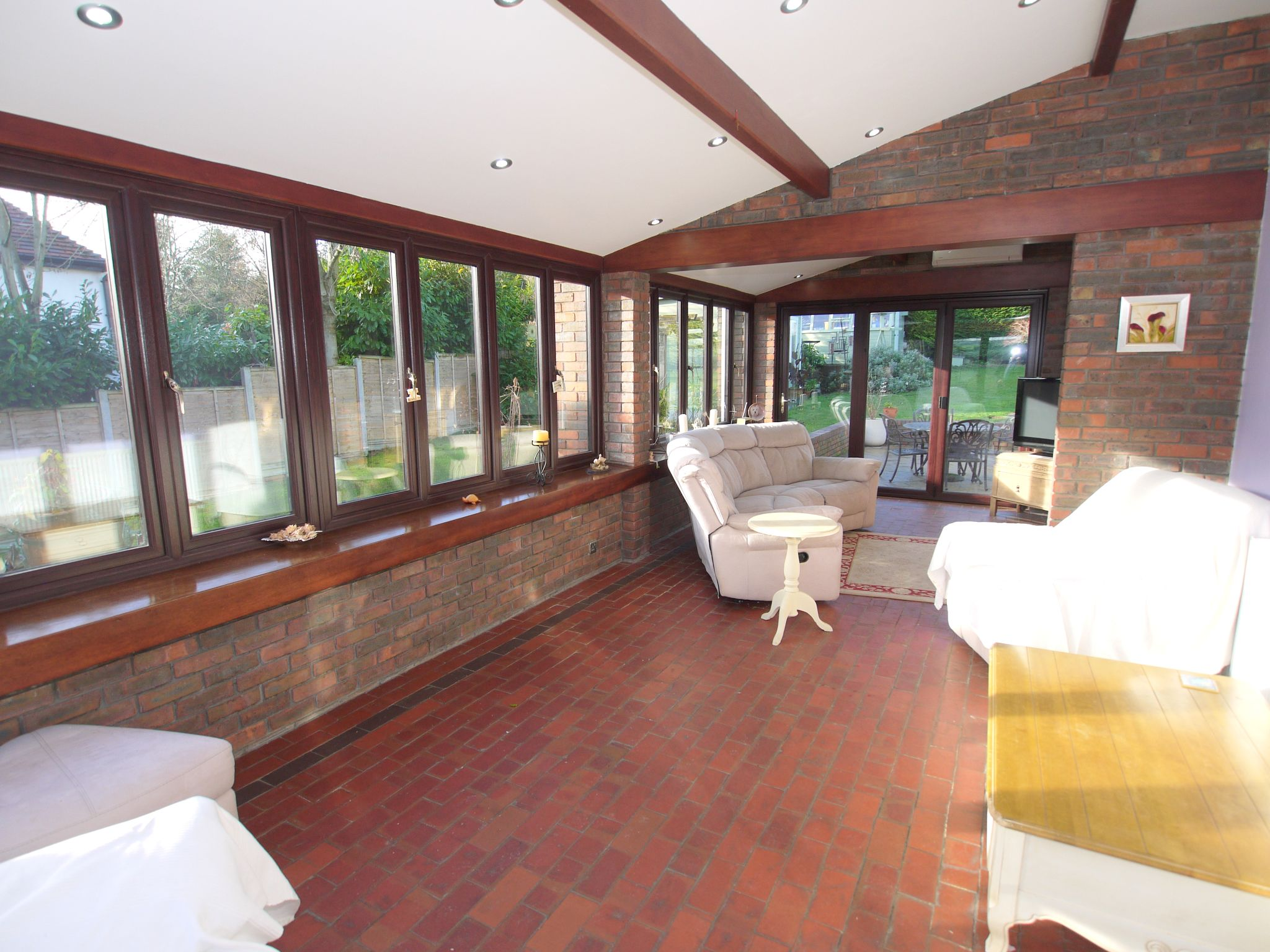 4 bedroom detached house For Sale in Farningham - Photograph 5