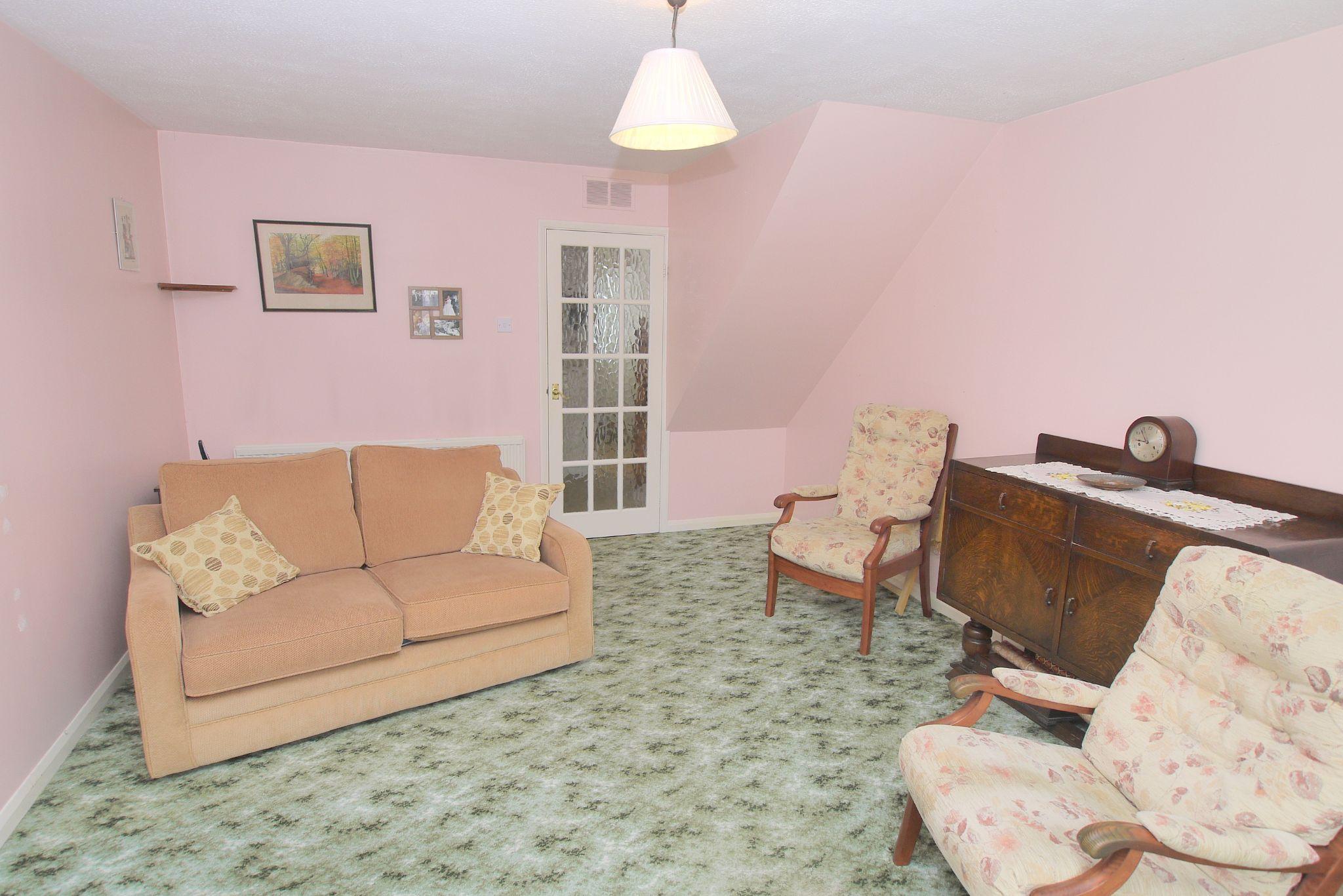 2 bedroom semi-detached house Sold in Sevenoaks - Photograph 2