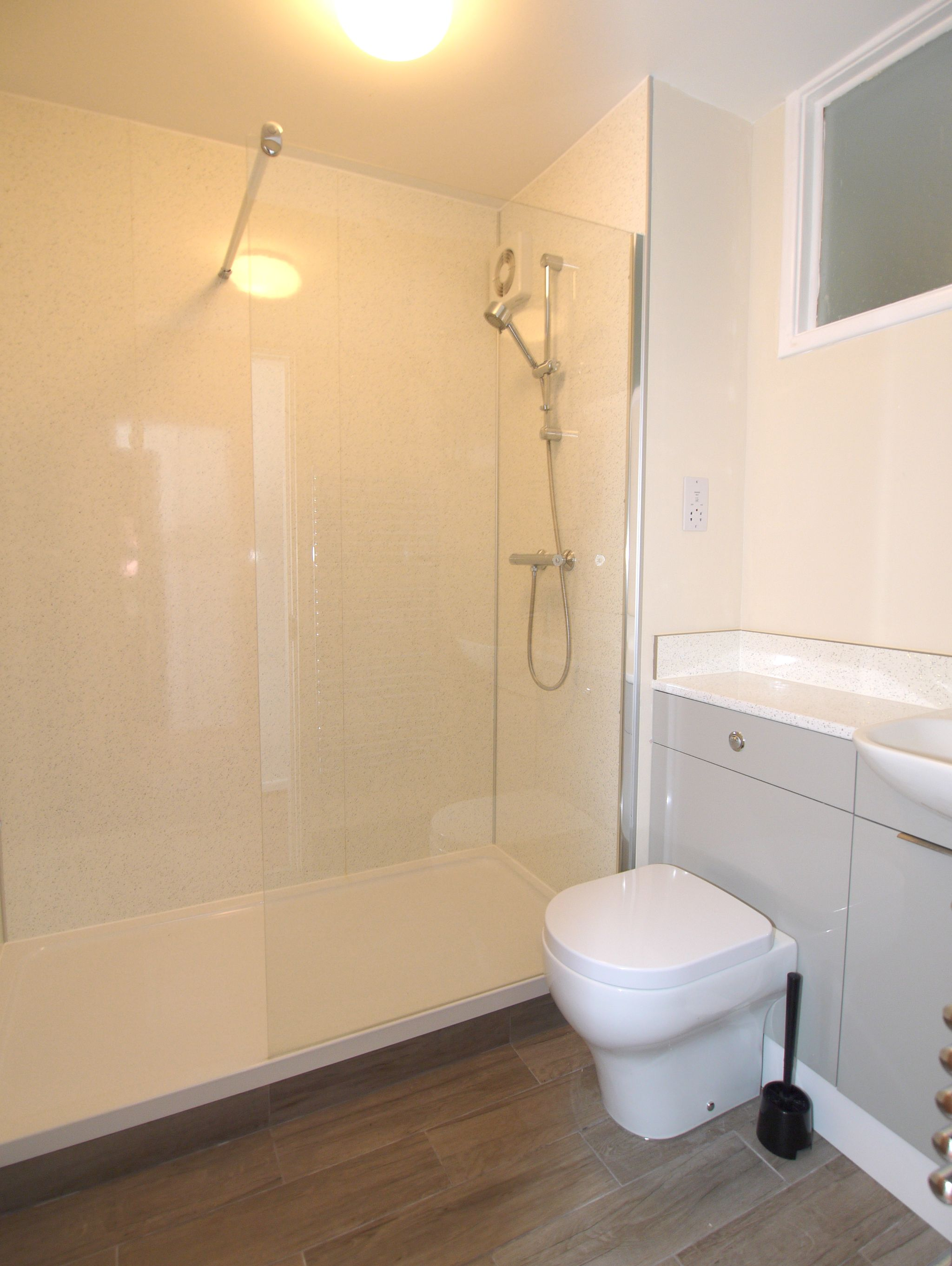 2 bedroom apartment flat/apartment For Sale in Sevenoaks - Photograph 8
