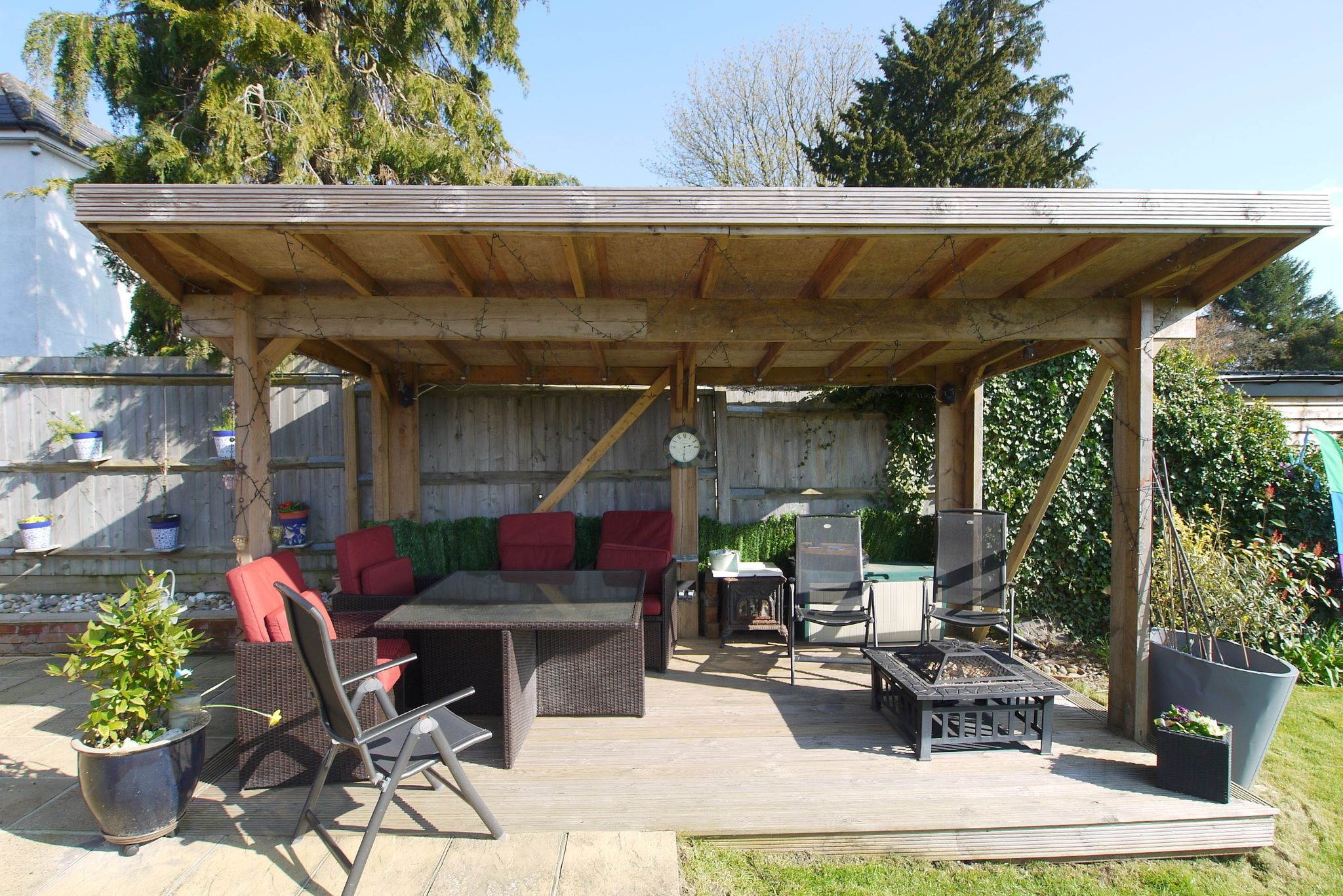4 bedroom detached bungalow Sale Agreed in Sevenoaks - Photograph 11