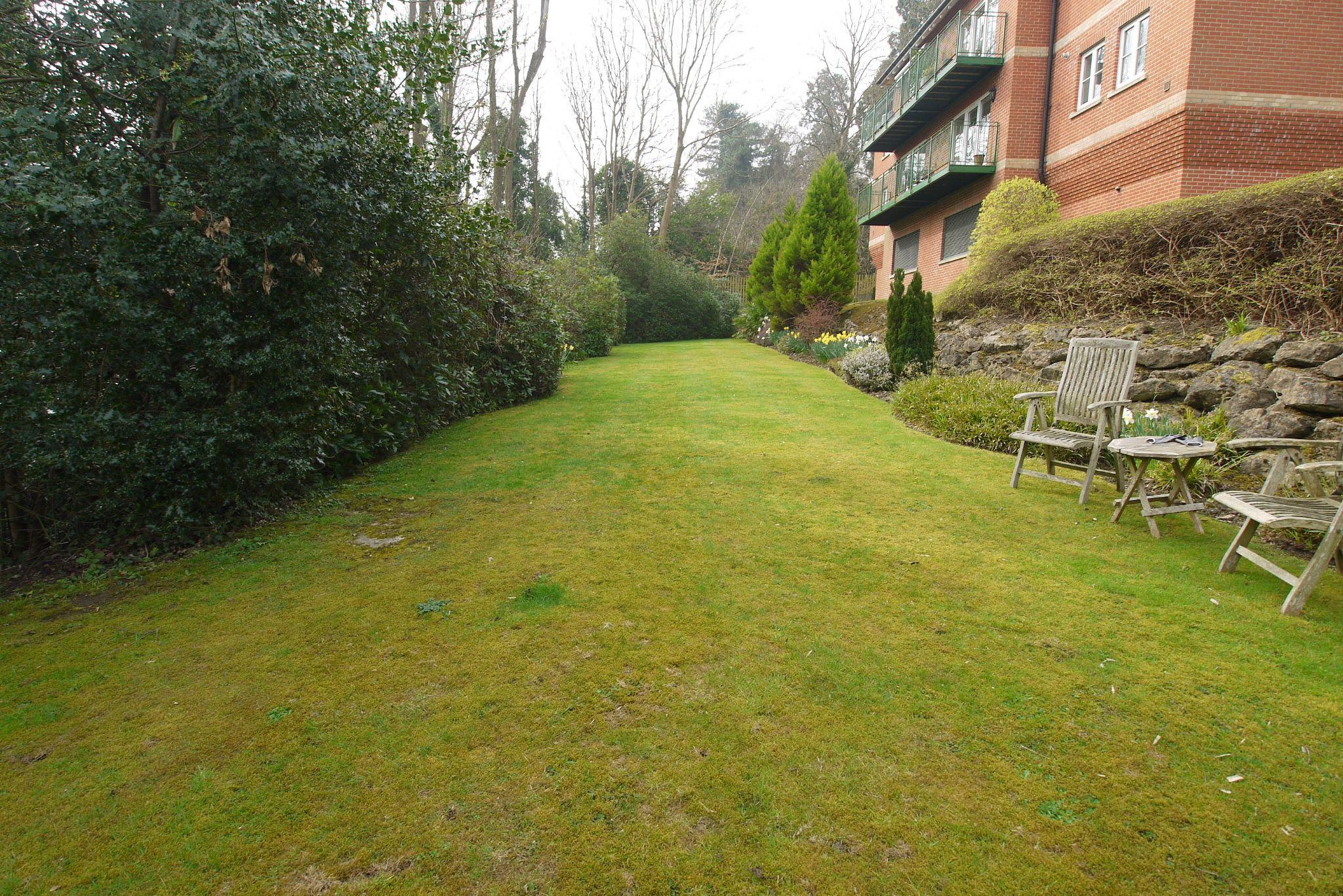 2 bedroom ground floor For Sale in Sevenoaks - Photograph 13