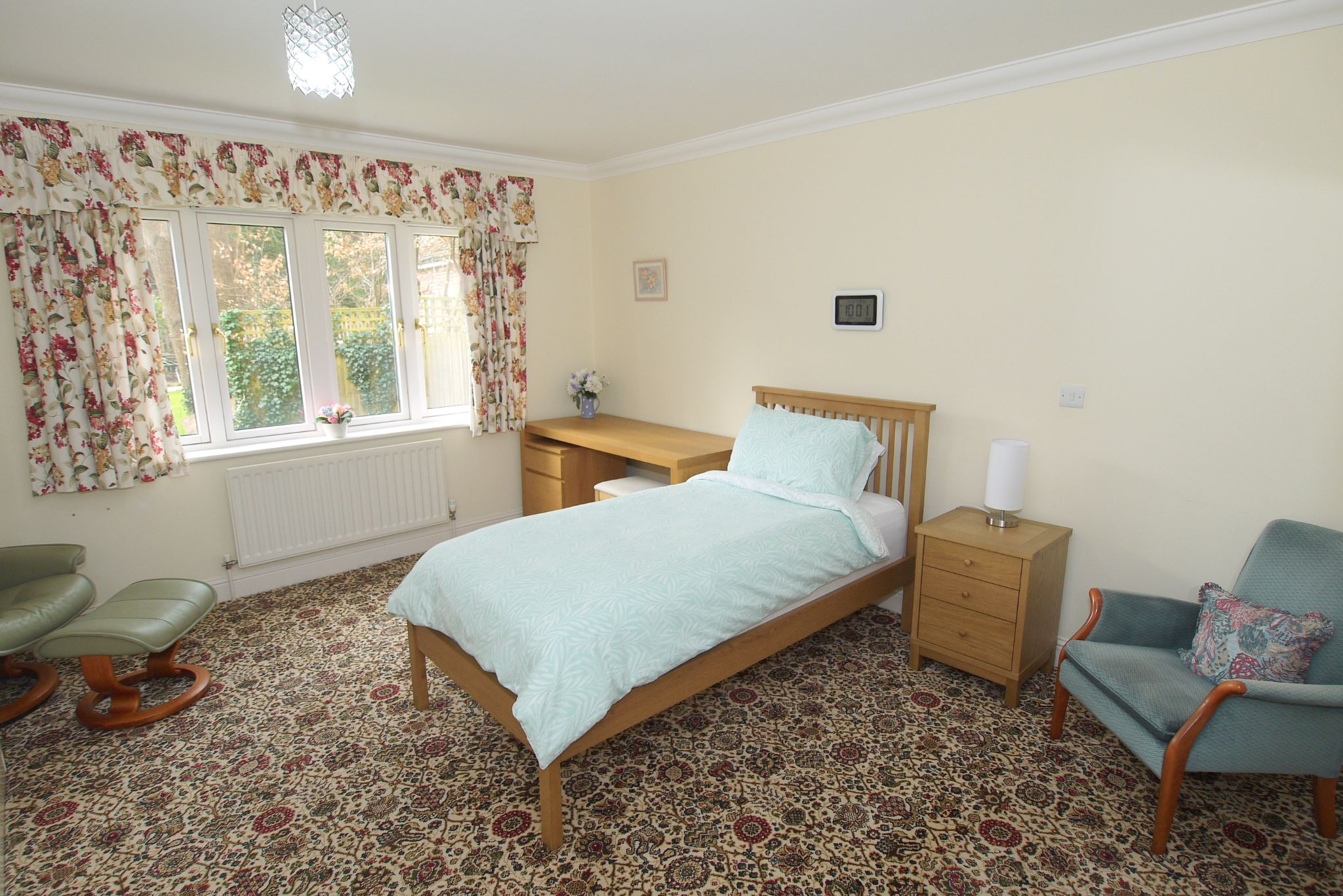 2 bedroom ground floor For Sale in Sevenoaks - Photograph 8