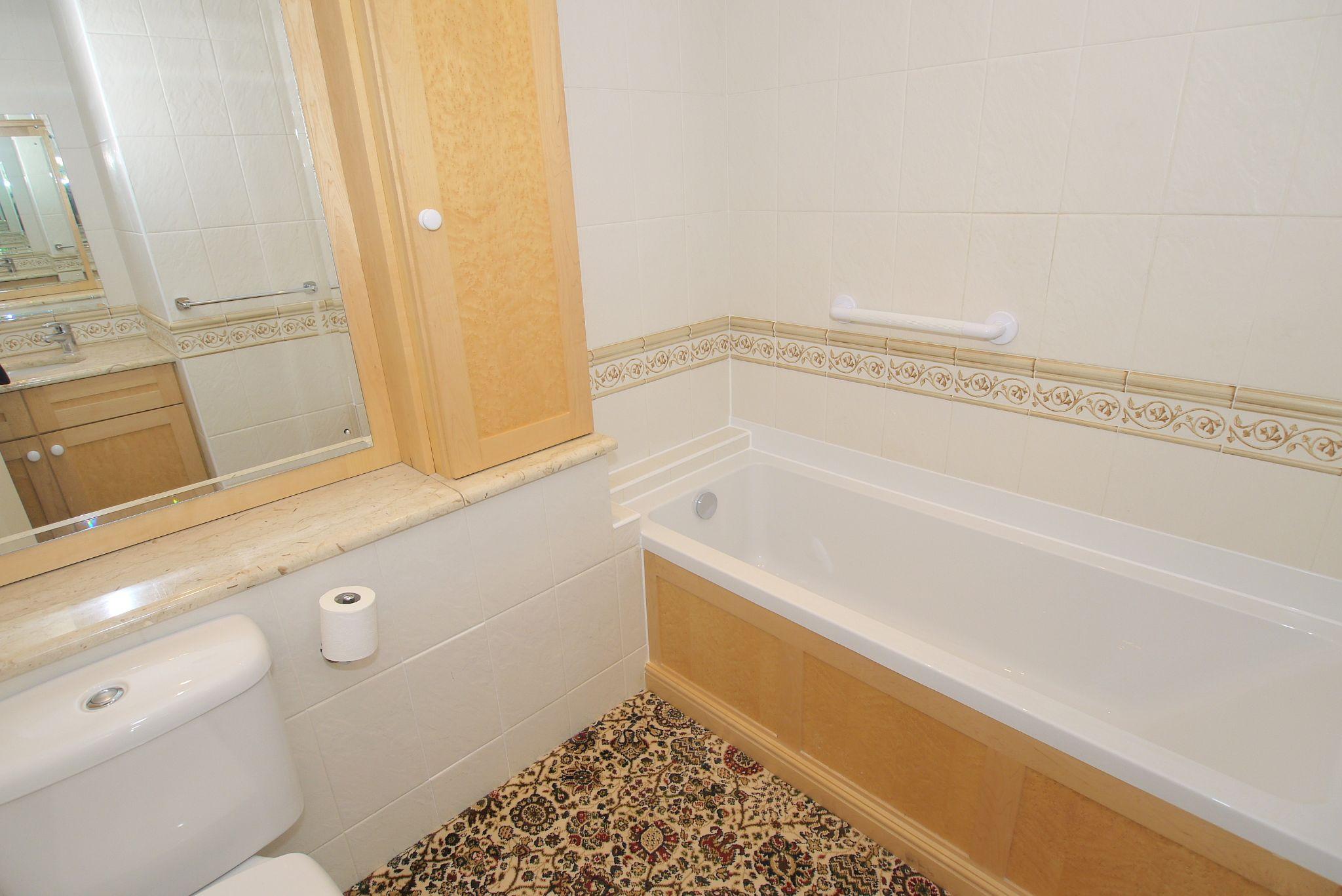 2 bedroom ground floor For Sale in Sevenoaks - Photograph 10