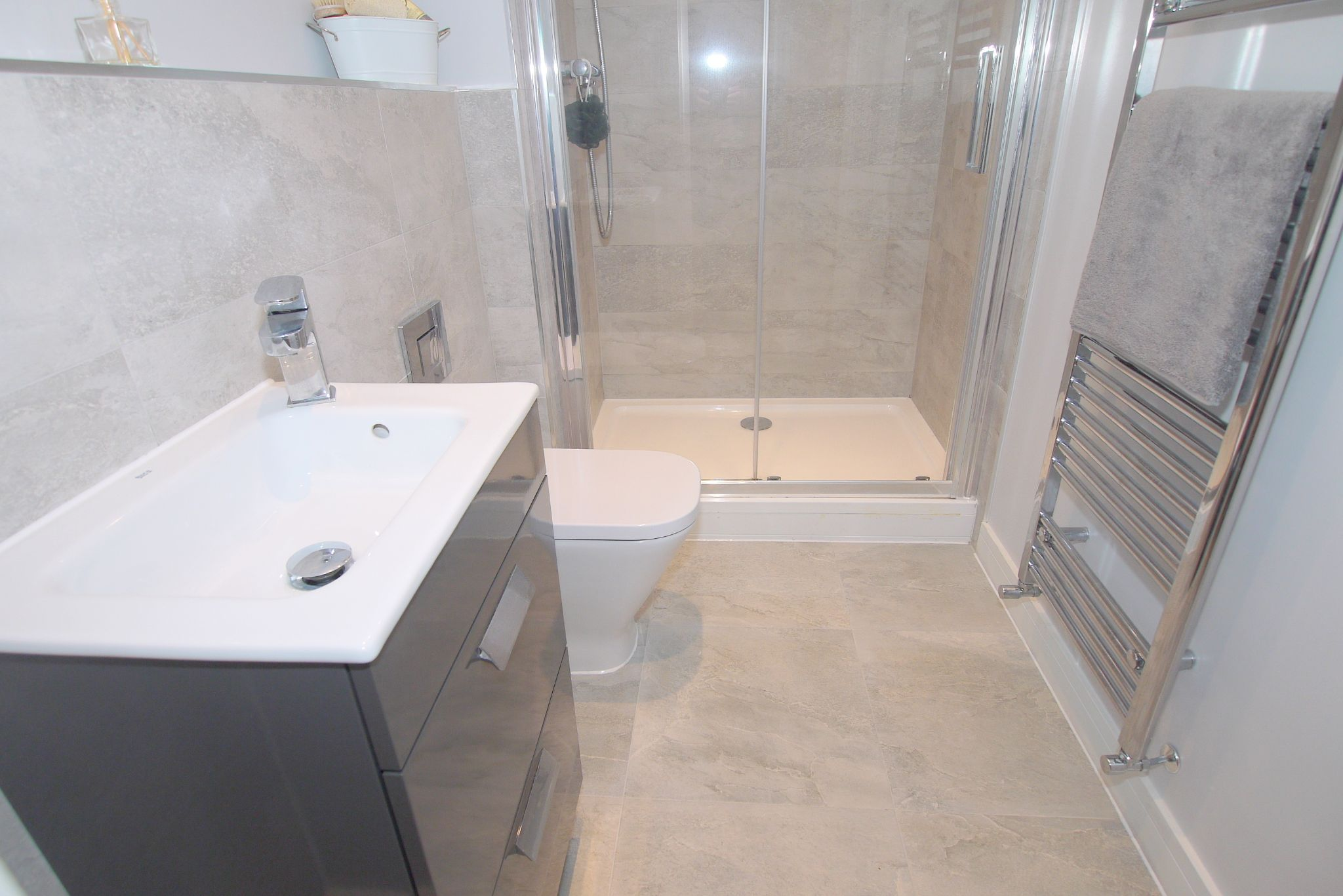 2 bedroom apartment Sale Agreed in Sevenoaks - Photograph 8