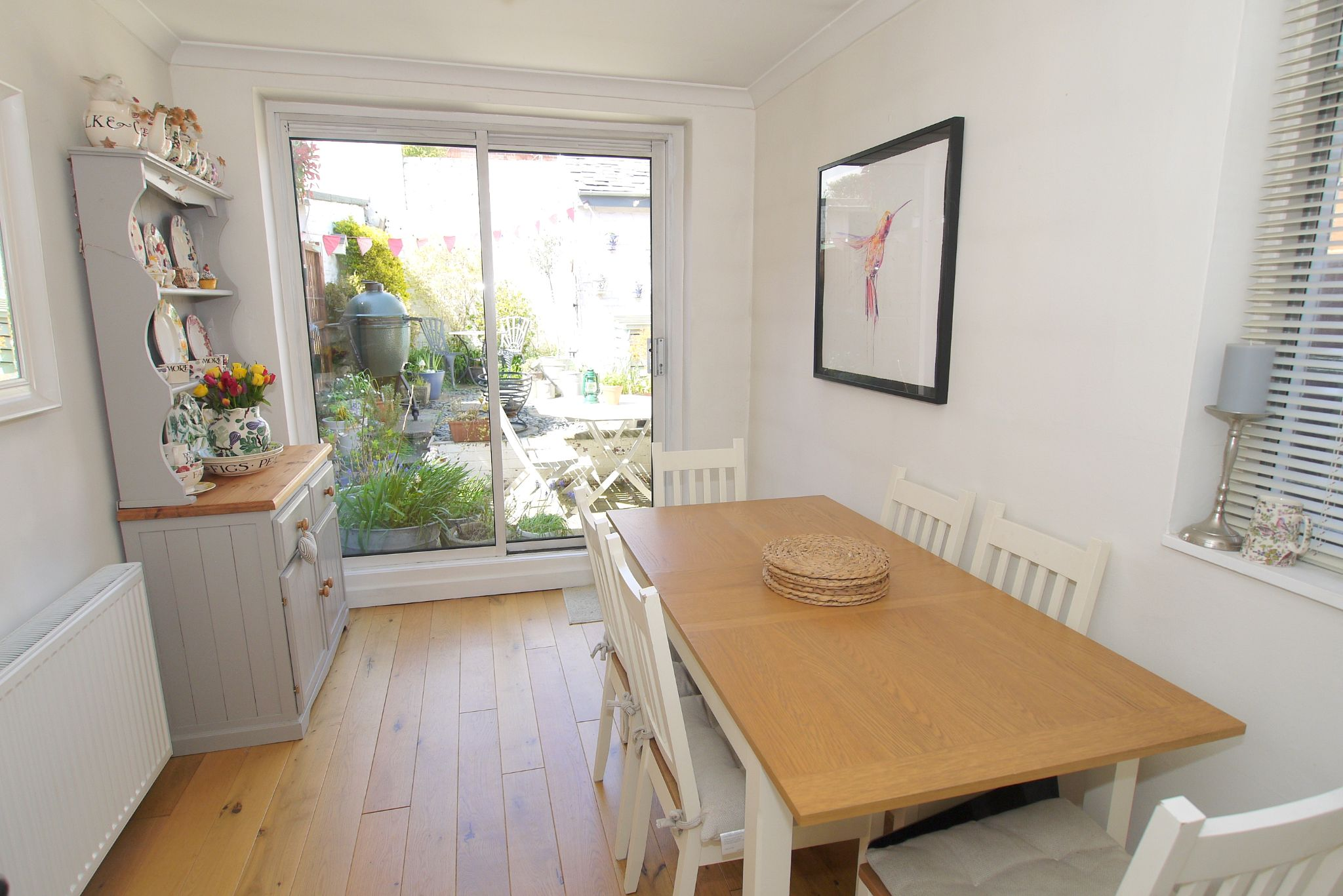 1 bedroom mid terraced house Sold in Sevenoaks - Photograph 4