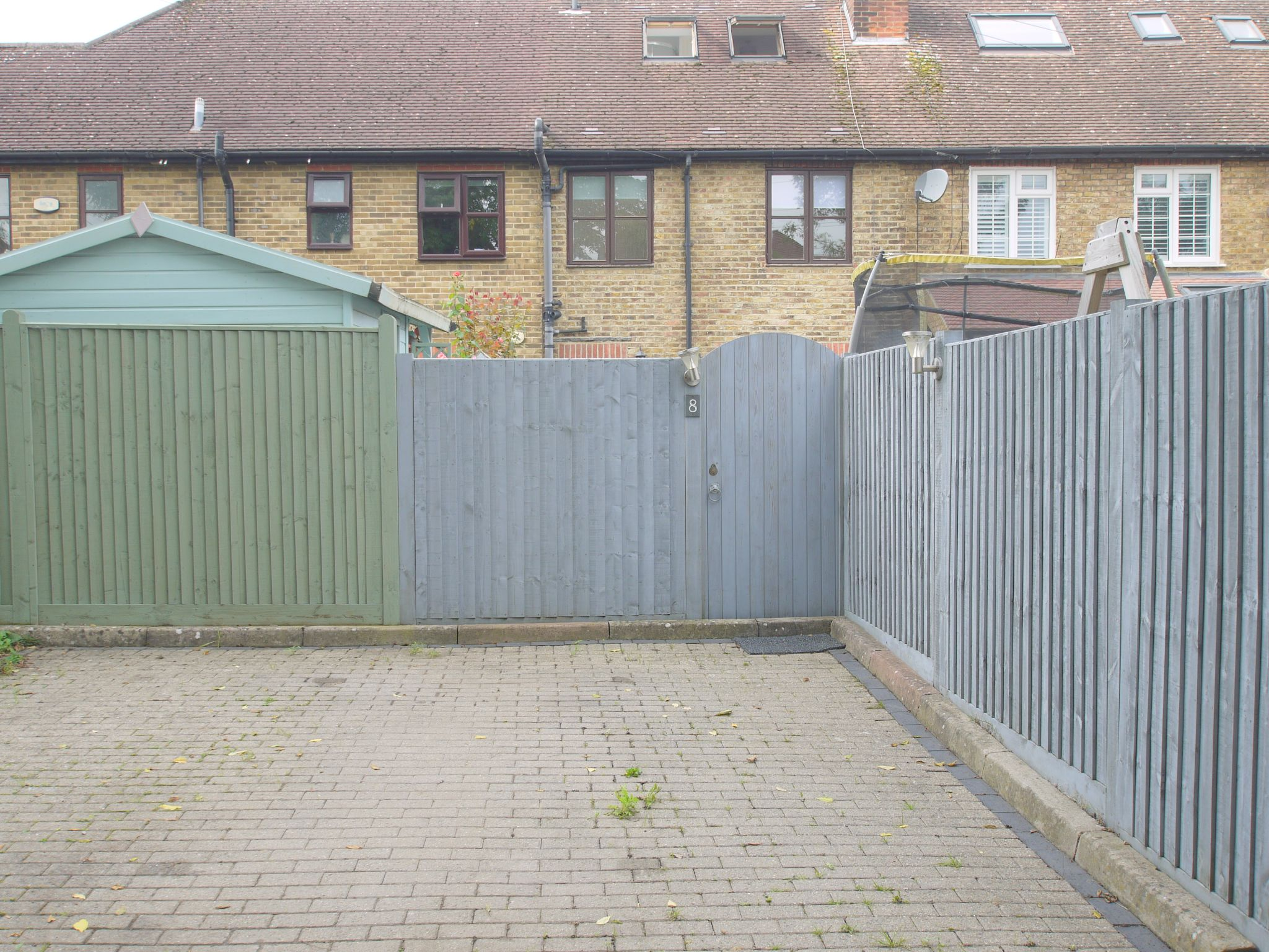 3 bedroom mid terraced house For Sale in Sevenoaks - Photograph 13