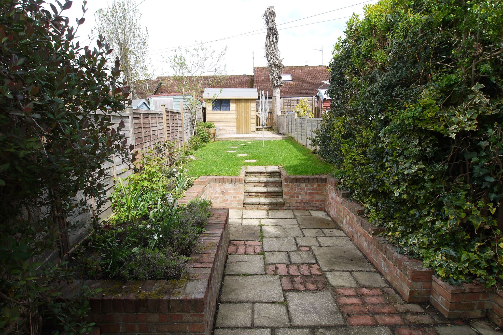 2 bedroom mid terraced house Sale Agreed in Sevenoaks - Photograph 9